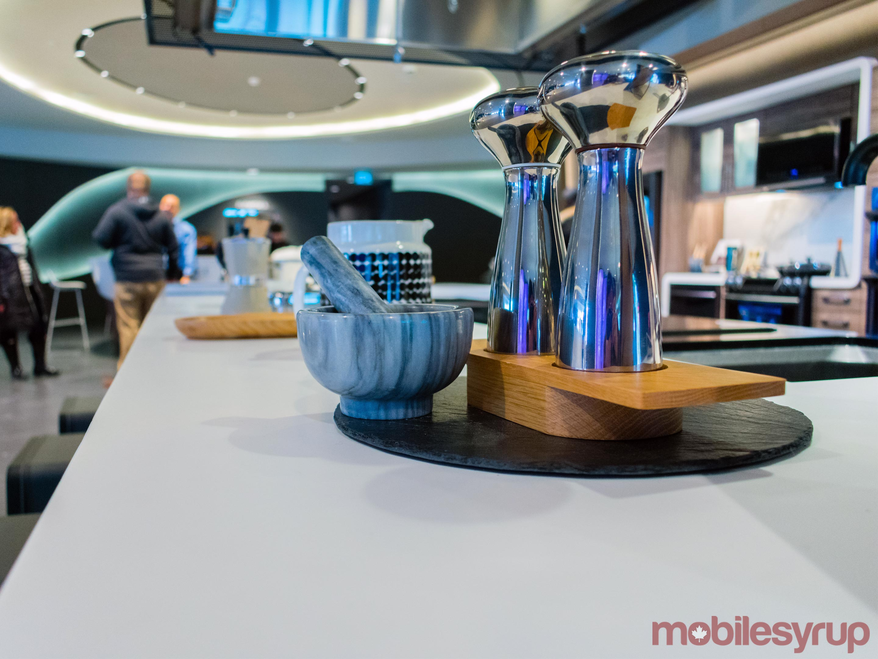 Inside Samsung\'s newest store at Toronto\'s Eaton Centre