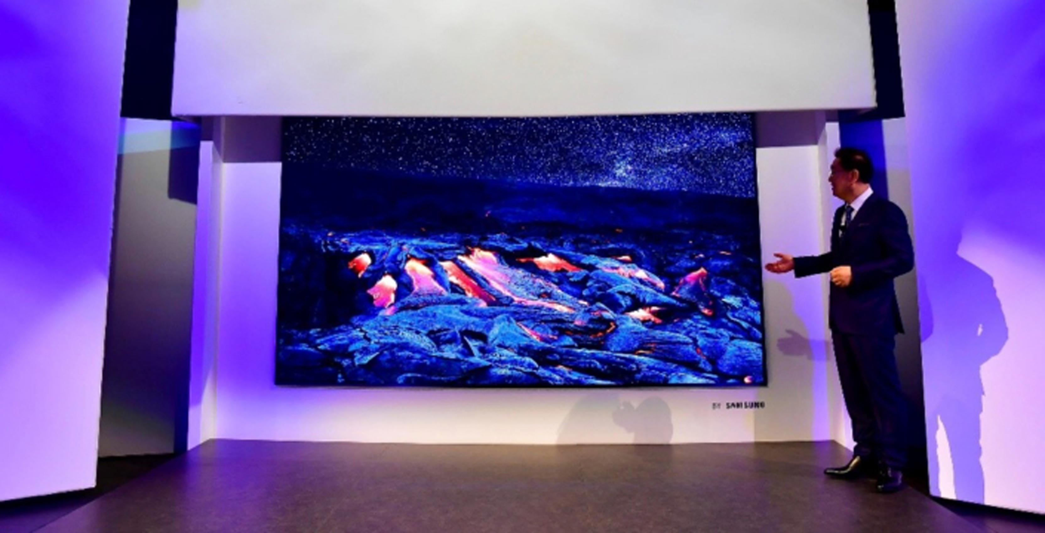 Samsung's new 146-inch MicroLED TV, The Wall