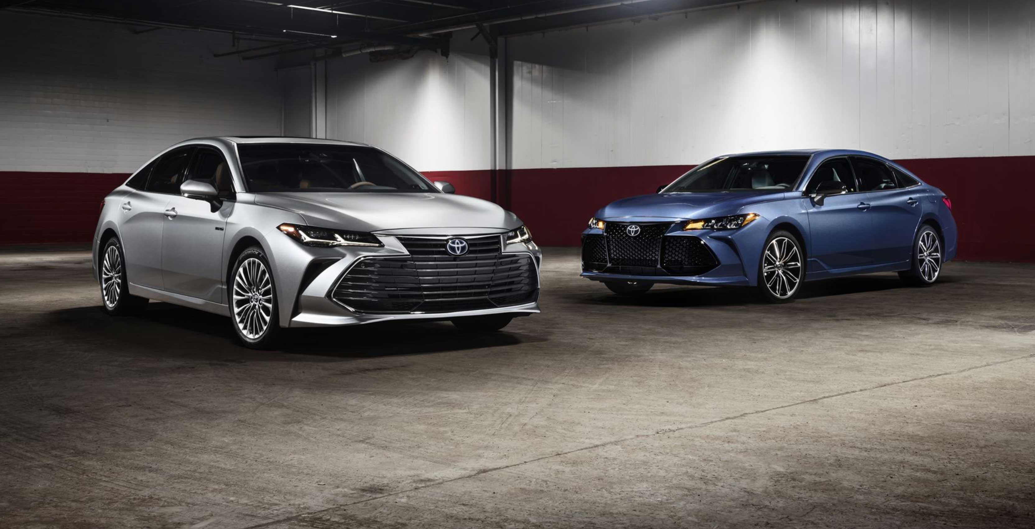 The 2019 Avalon will be the first Toyota car to support Apple's CarPlay infotainment platform