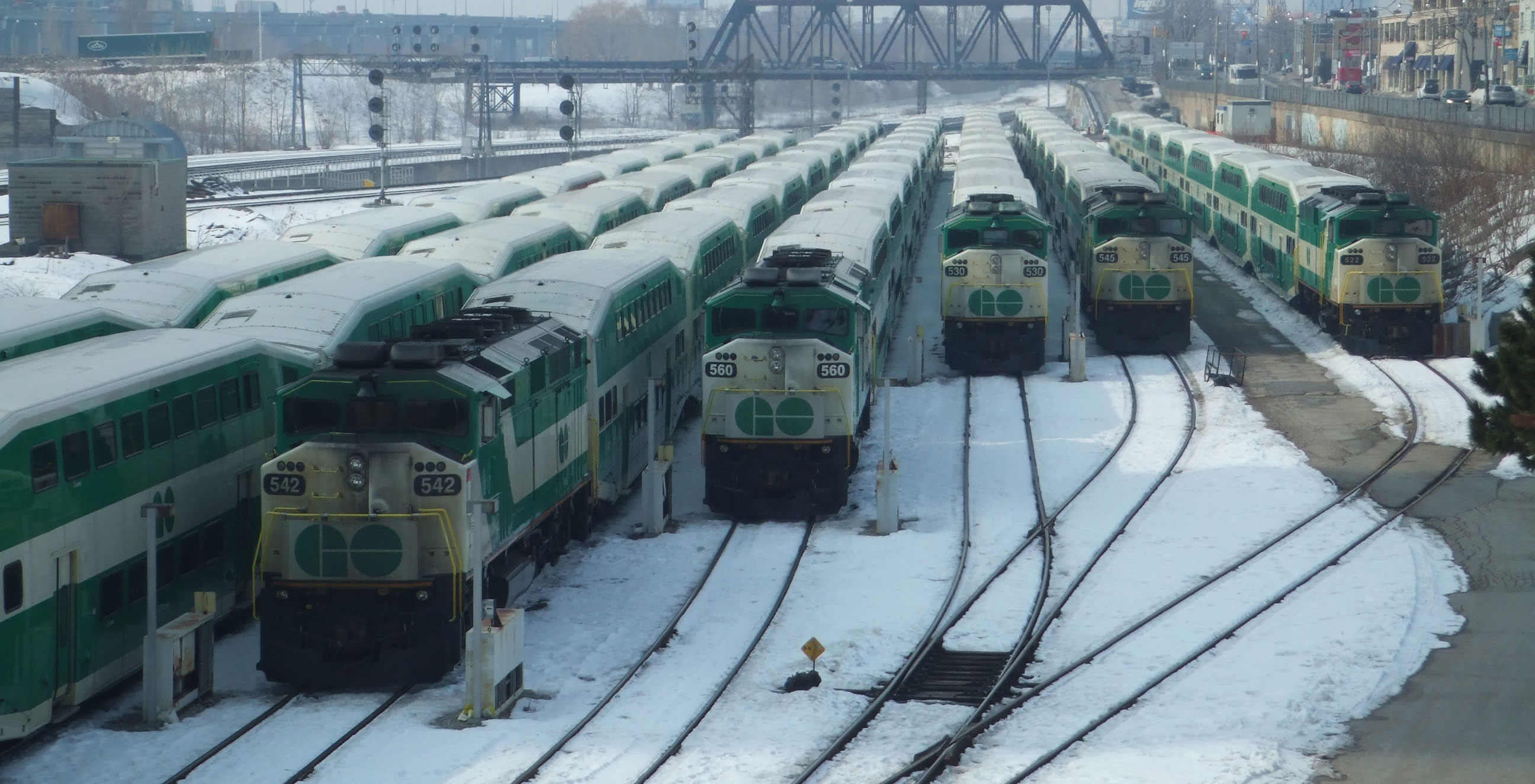 Free onboard Wi-Fi coming to Go Transit, says Ontario government