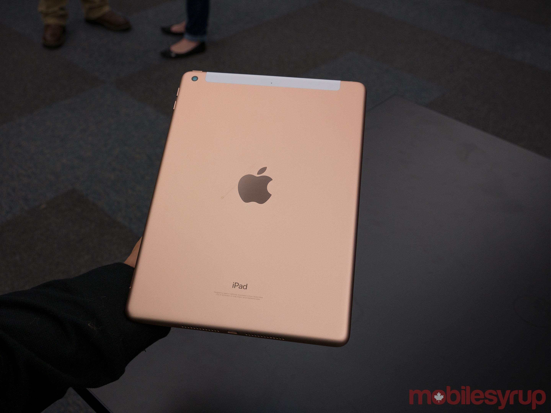 9.7-inch iPad 2018 back