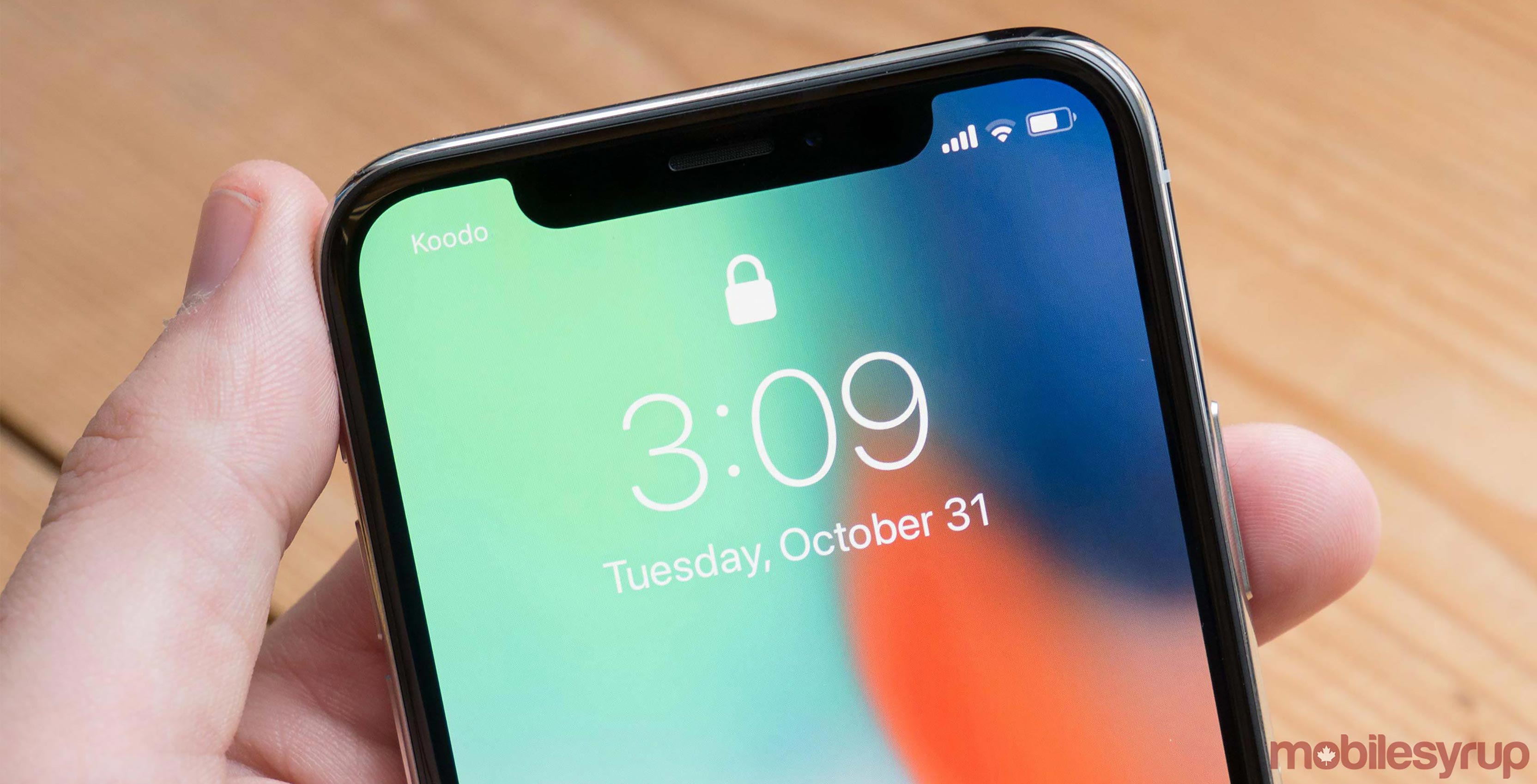 Samsung to reportedly start iPhone X Plus display production in May