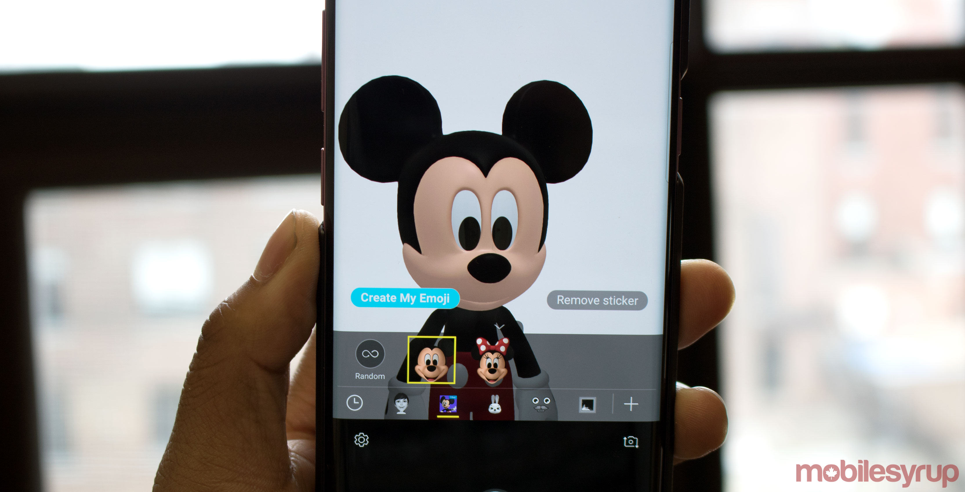 Disney brings Mickey and Minnie to the Galaxy S9's AR Emoji