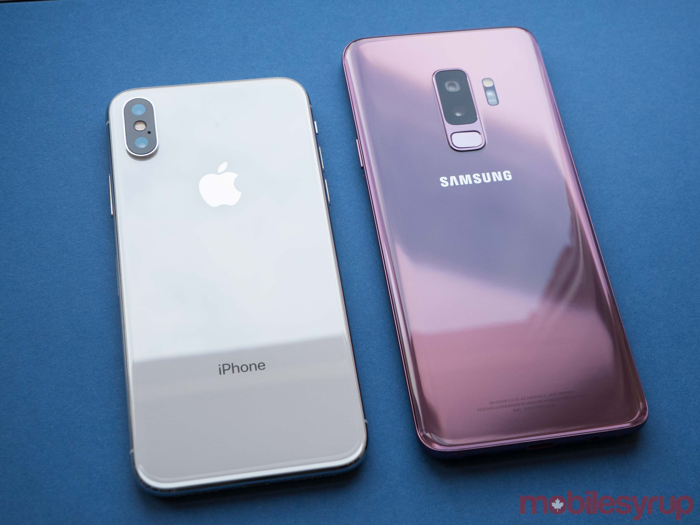 S9 vs iPhone X rear