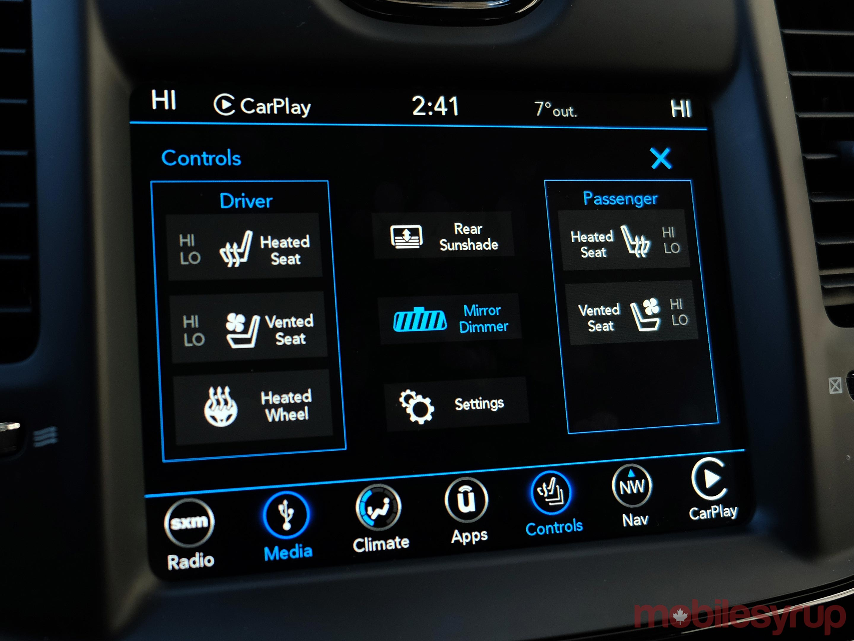 Chrysler Uconnect Controls