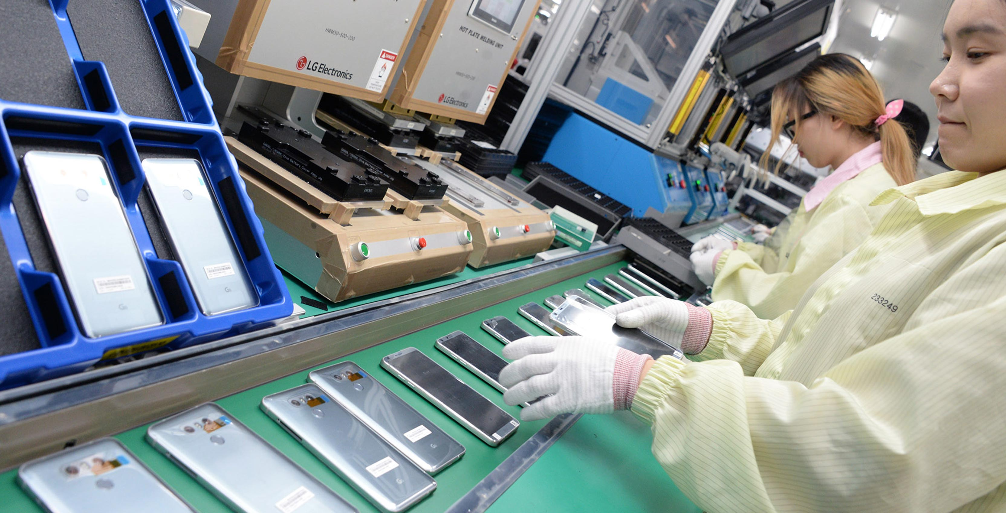 Inside the factory that produces LG's latest smartphones