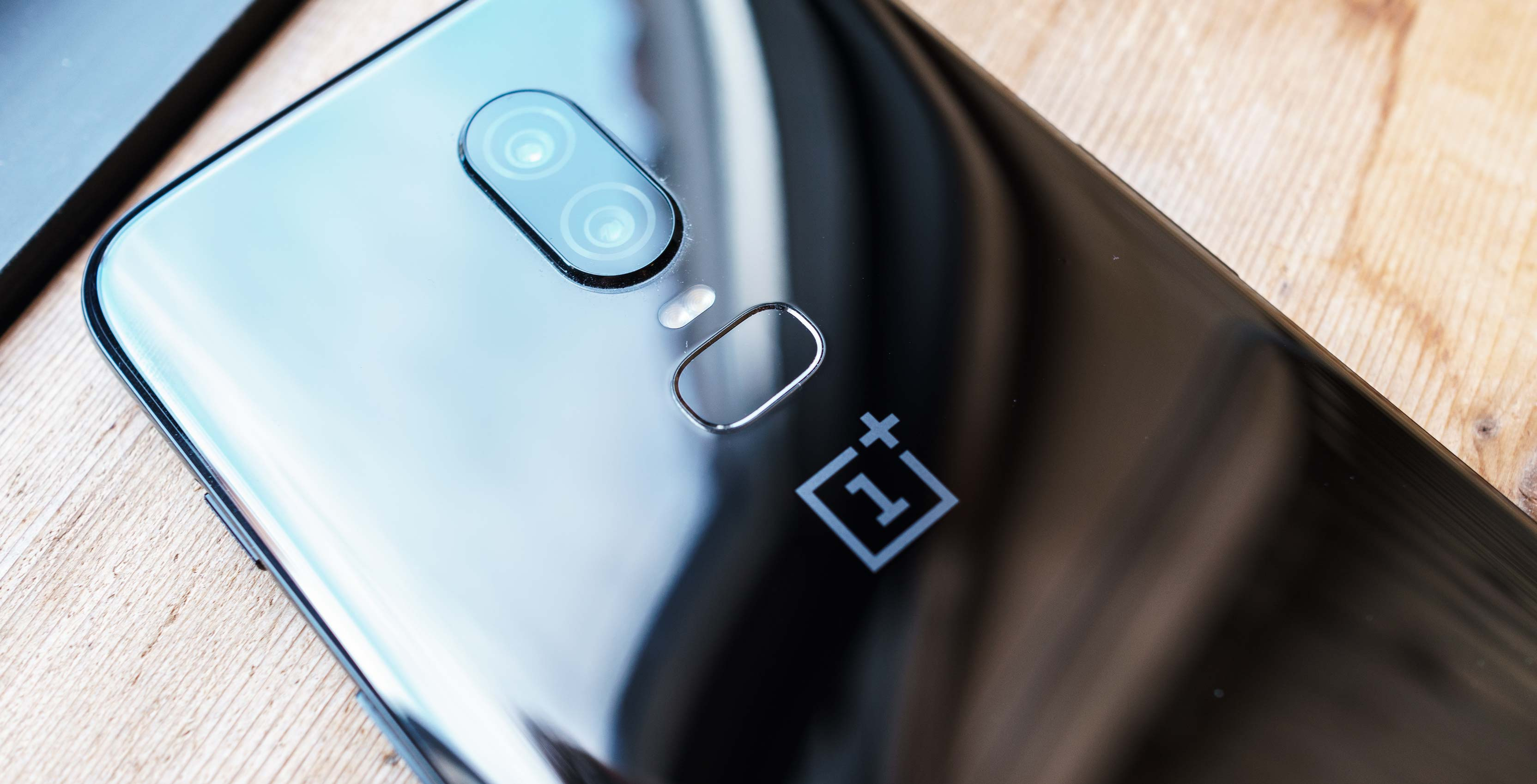 bffa500e703 A new set of leaked OnePlus 6T images corroborate many of the rumours about  the handset we ve seen in recent months