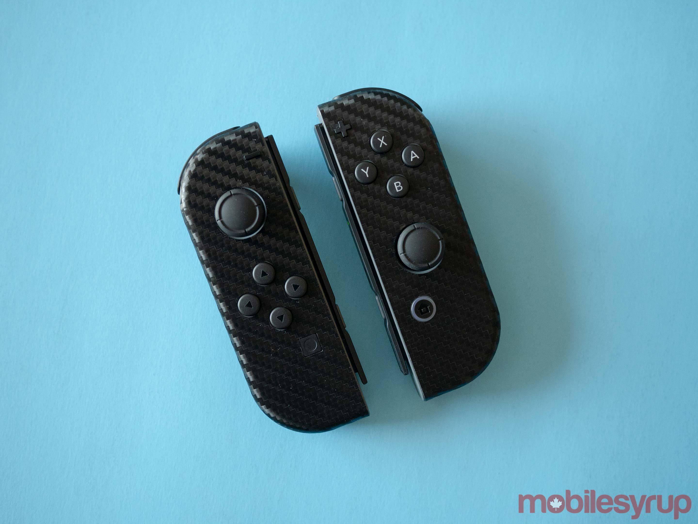 dbrand Joy-con Carbon Fiber Switch skin