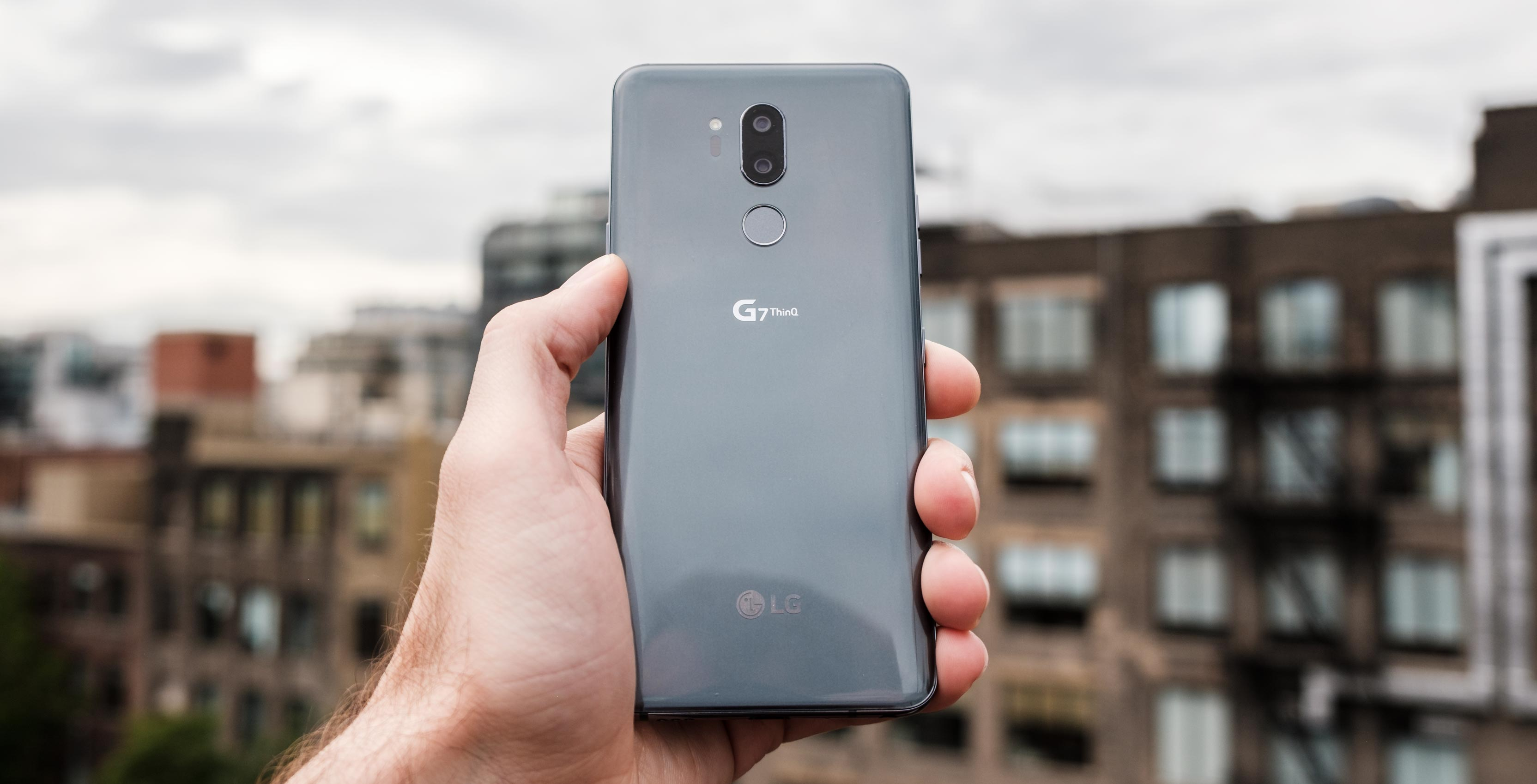 LG G7 ThinQ Review: Safe and sound