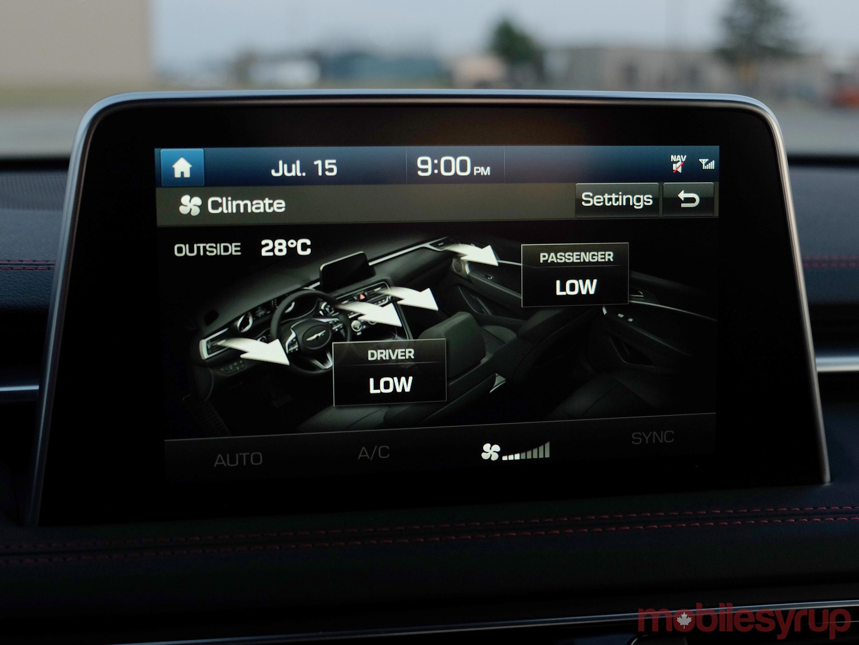 Hyundai Genesis G70 climate