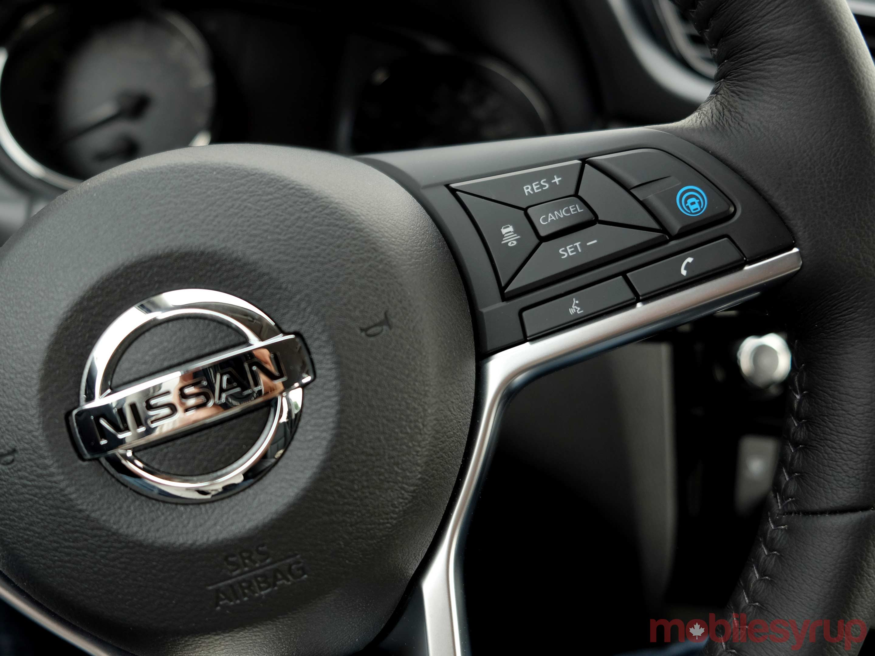 Nissan ProPilot Assist buttons wheel