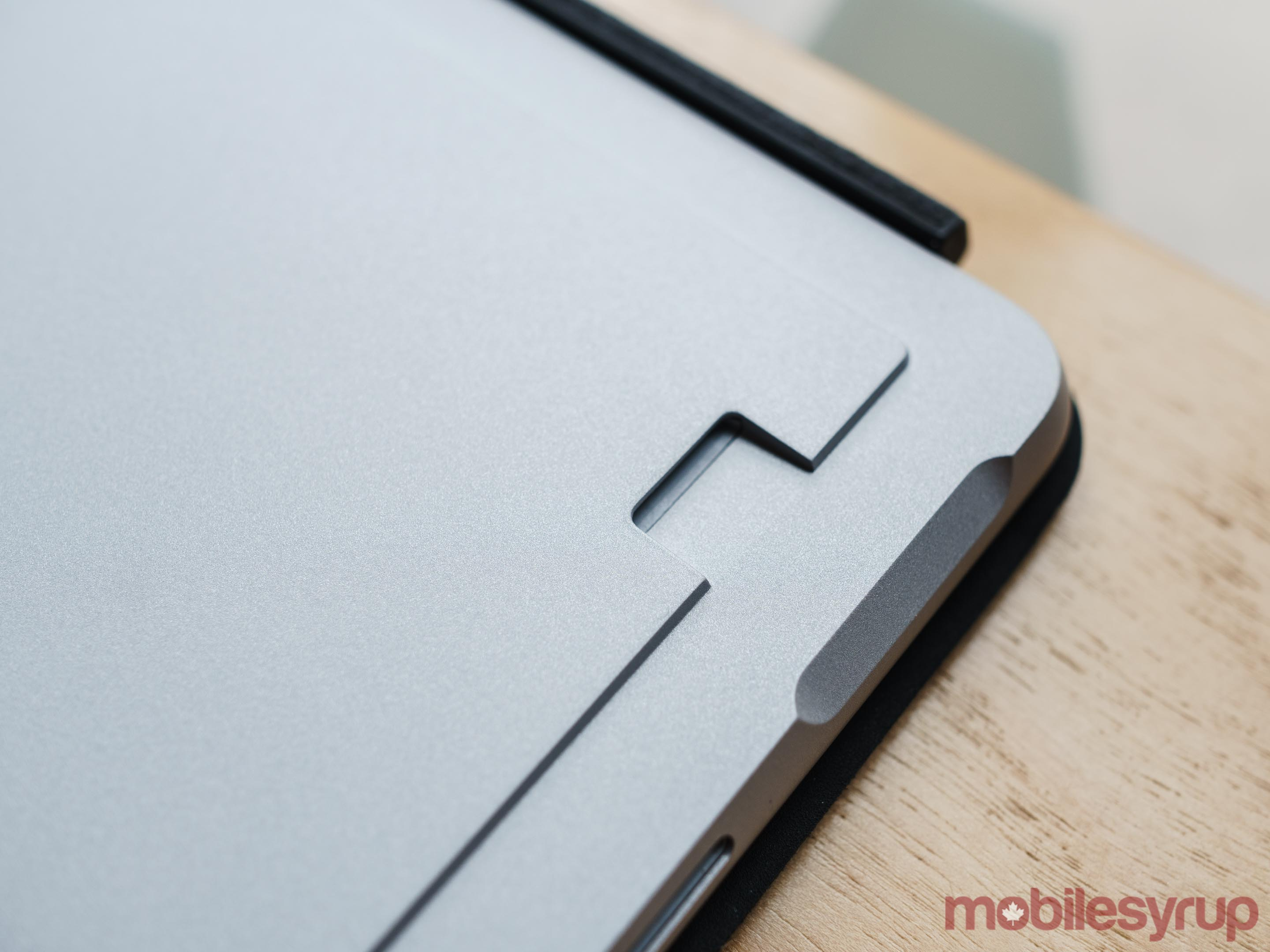 Like past Surface devices, Surface Go features a microSD card reader