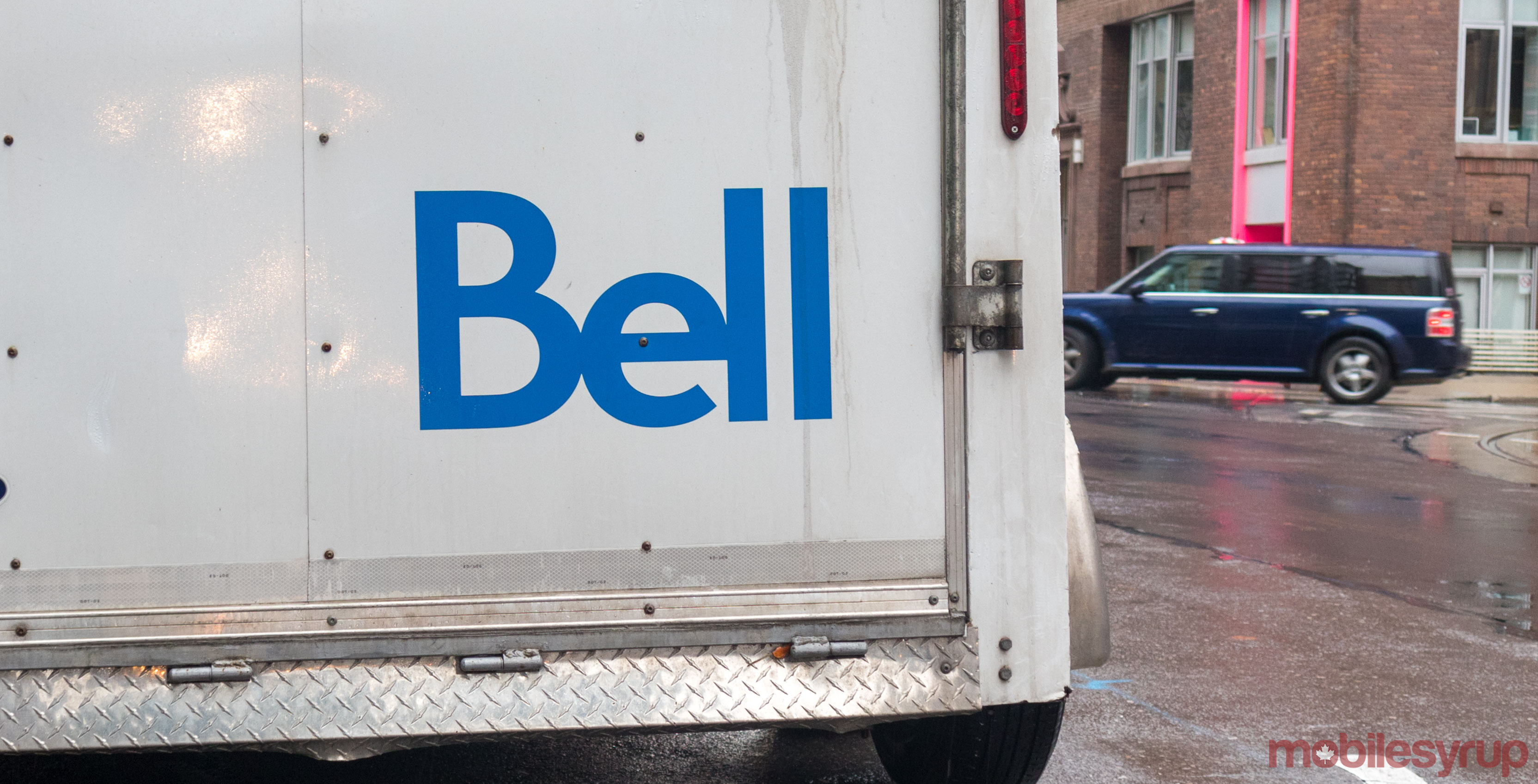 Bell expands Wireless Home Internet to more Ontario communities