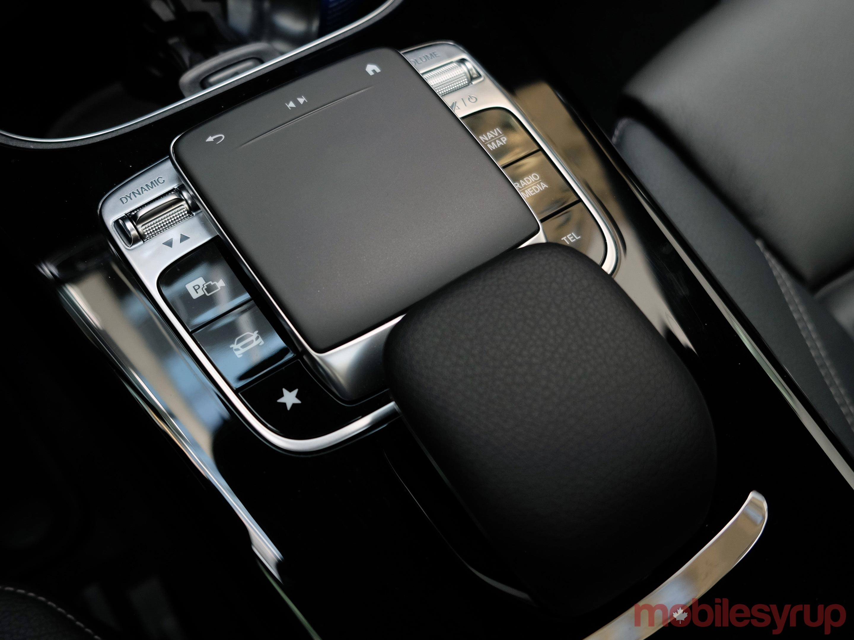 Mercedes-Benz MBUX Infotainment System Hands-on: Feeling