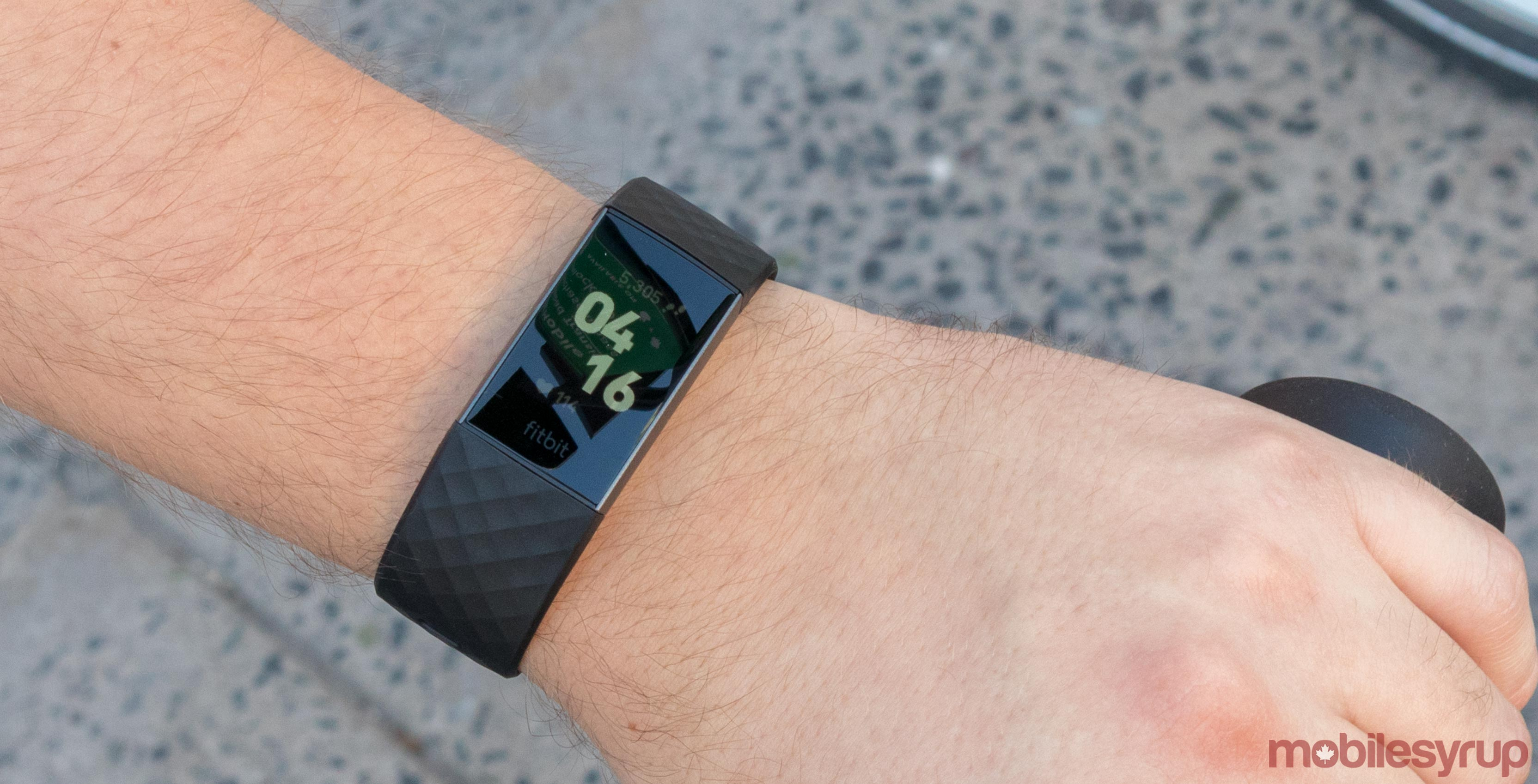 Fitbit Charge 3 Review: solid improvement outdone by other products