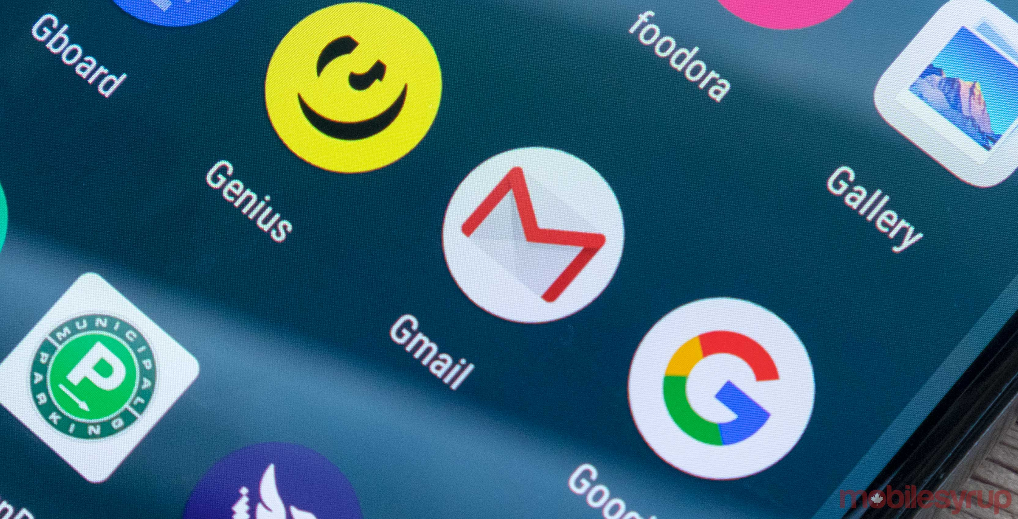 Dark mode begins rolling out to Gmail on Android