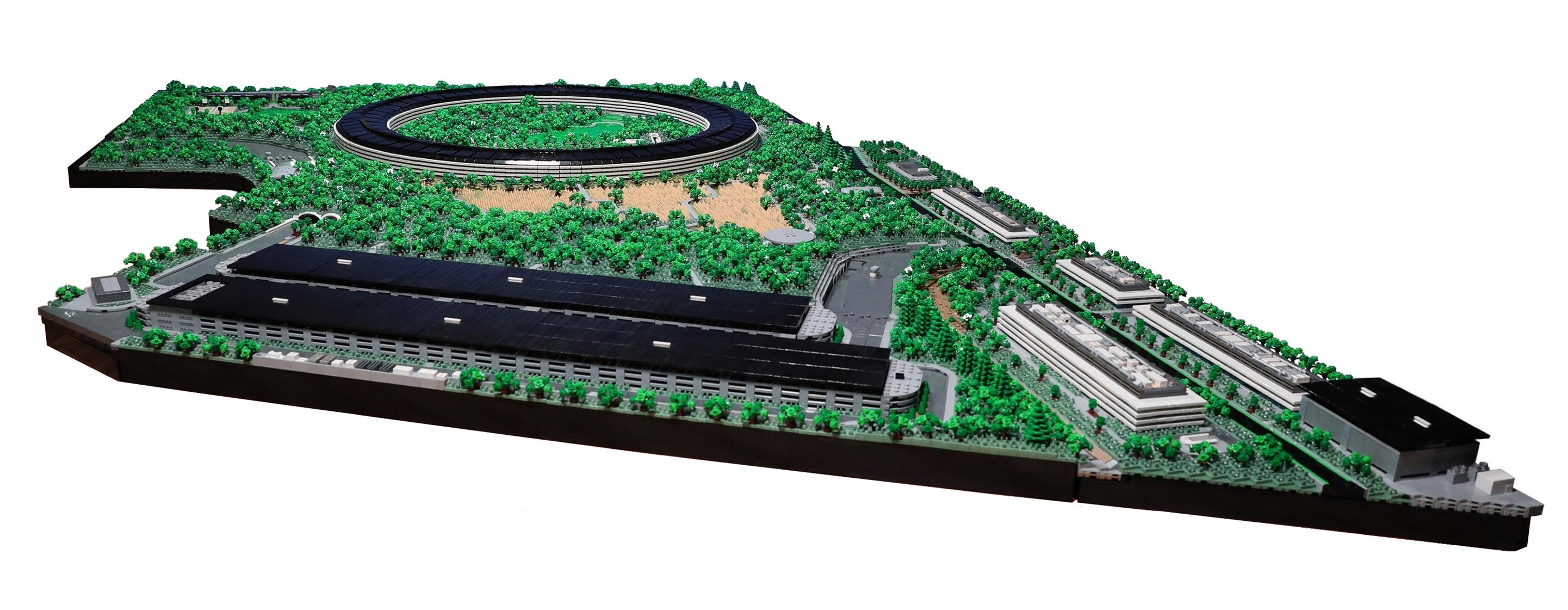 The full Apple Park in Lego
