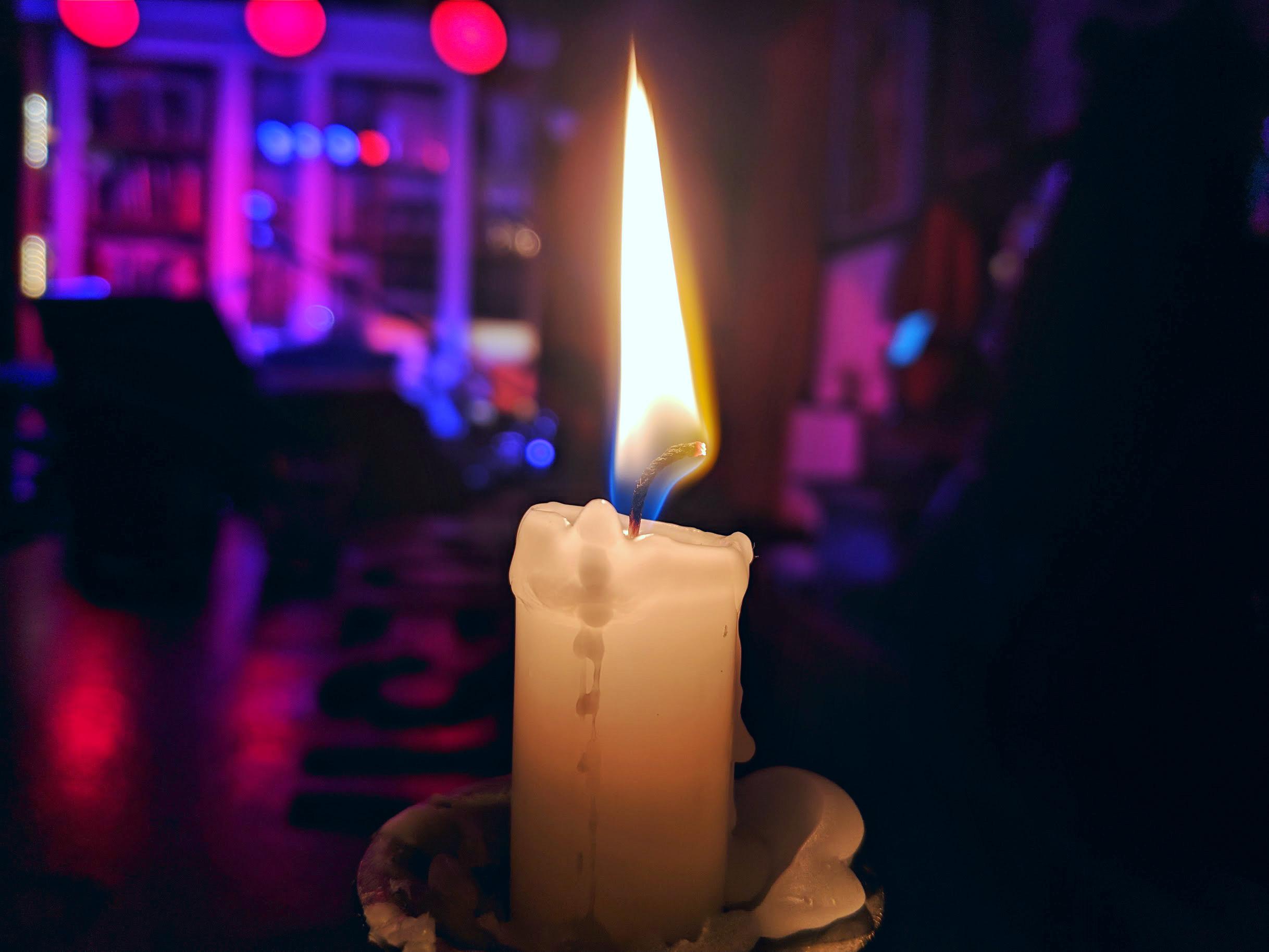 Pixel 3 candle shot