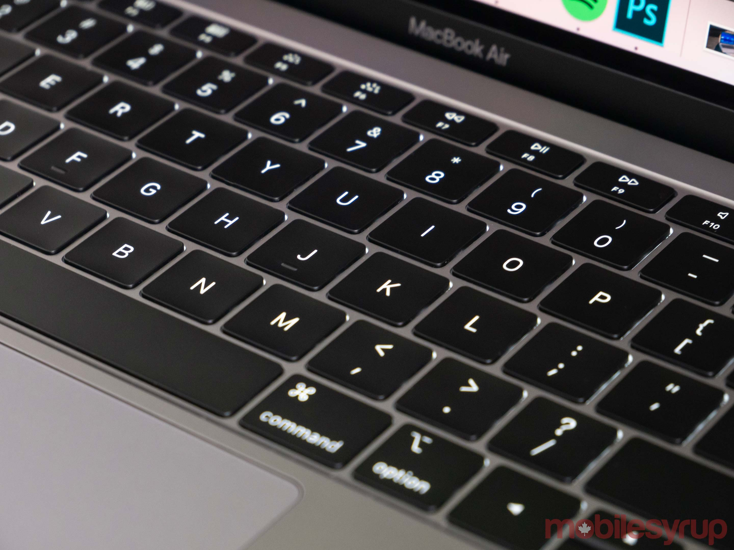 MacBook Air (2018) Review: An almost worthy successor