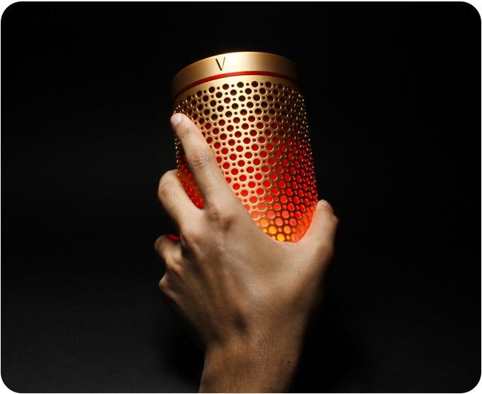 Soundwave speaker in hand