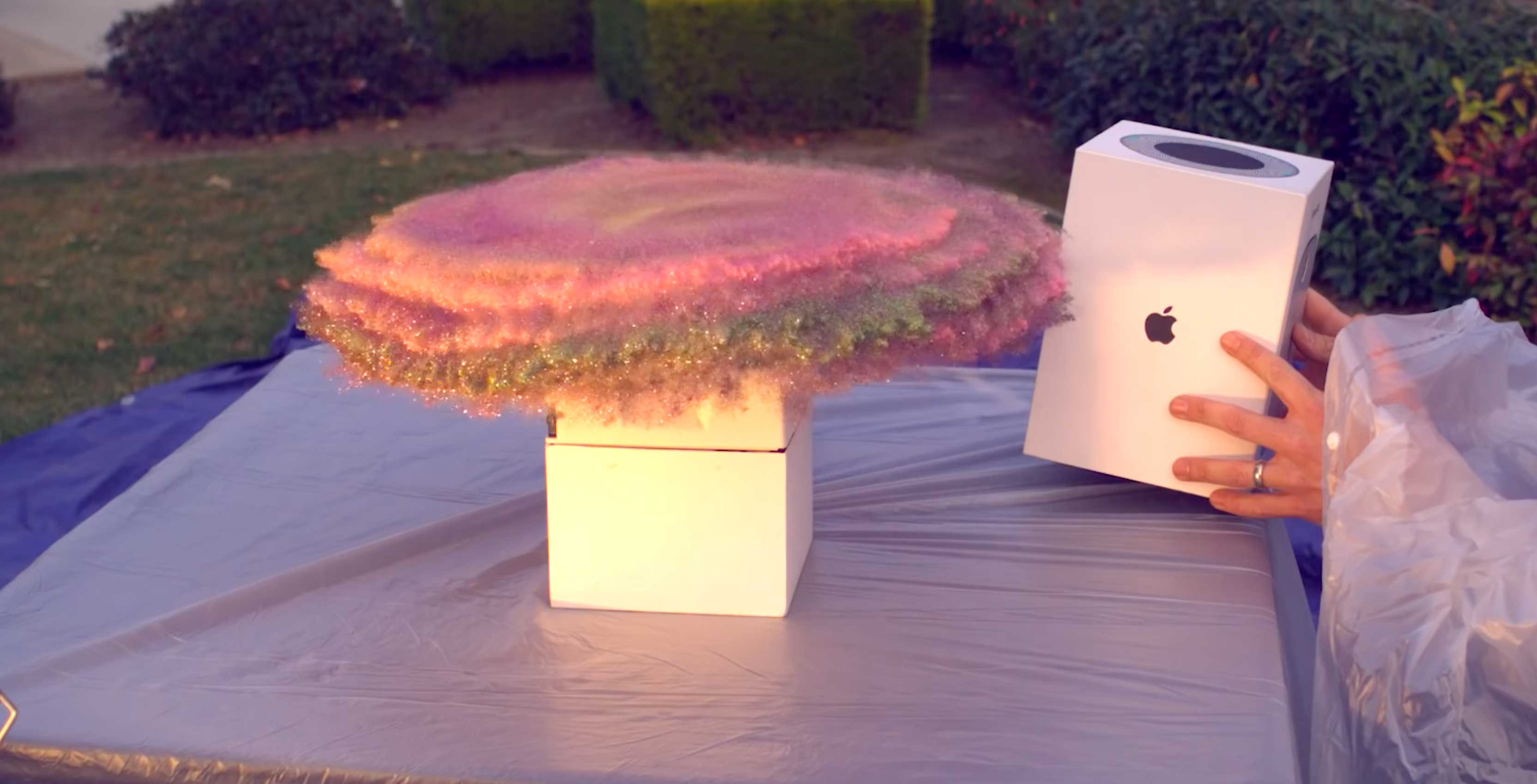 Ex-NASA Engineer Builds Glitter Fart Camera Trap for Package Thieves