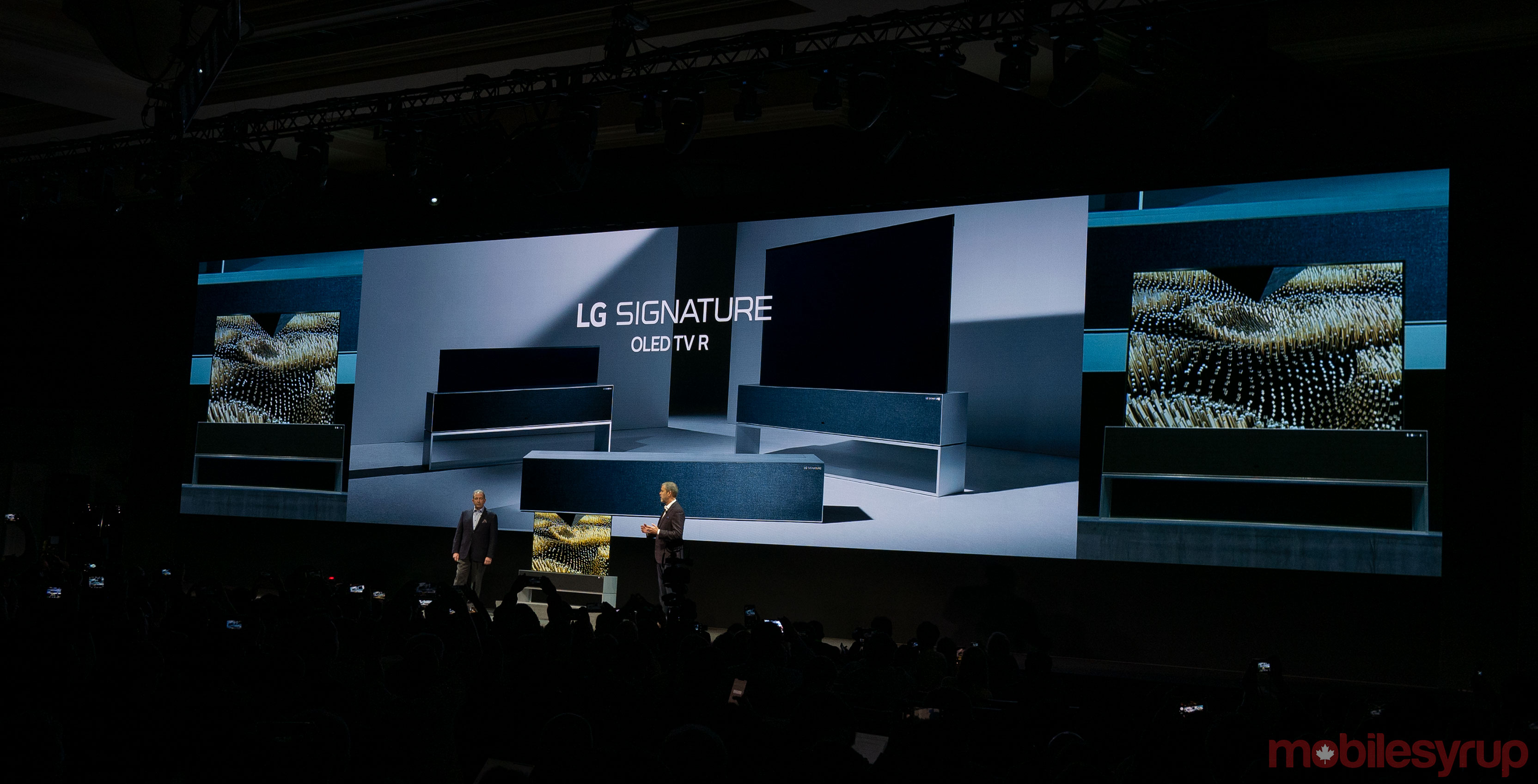LG Unveils Rollable OLED TV, Announces AirPlay 2 Support at CES 2019