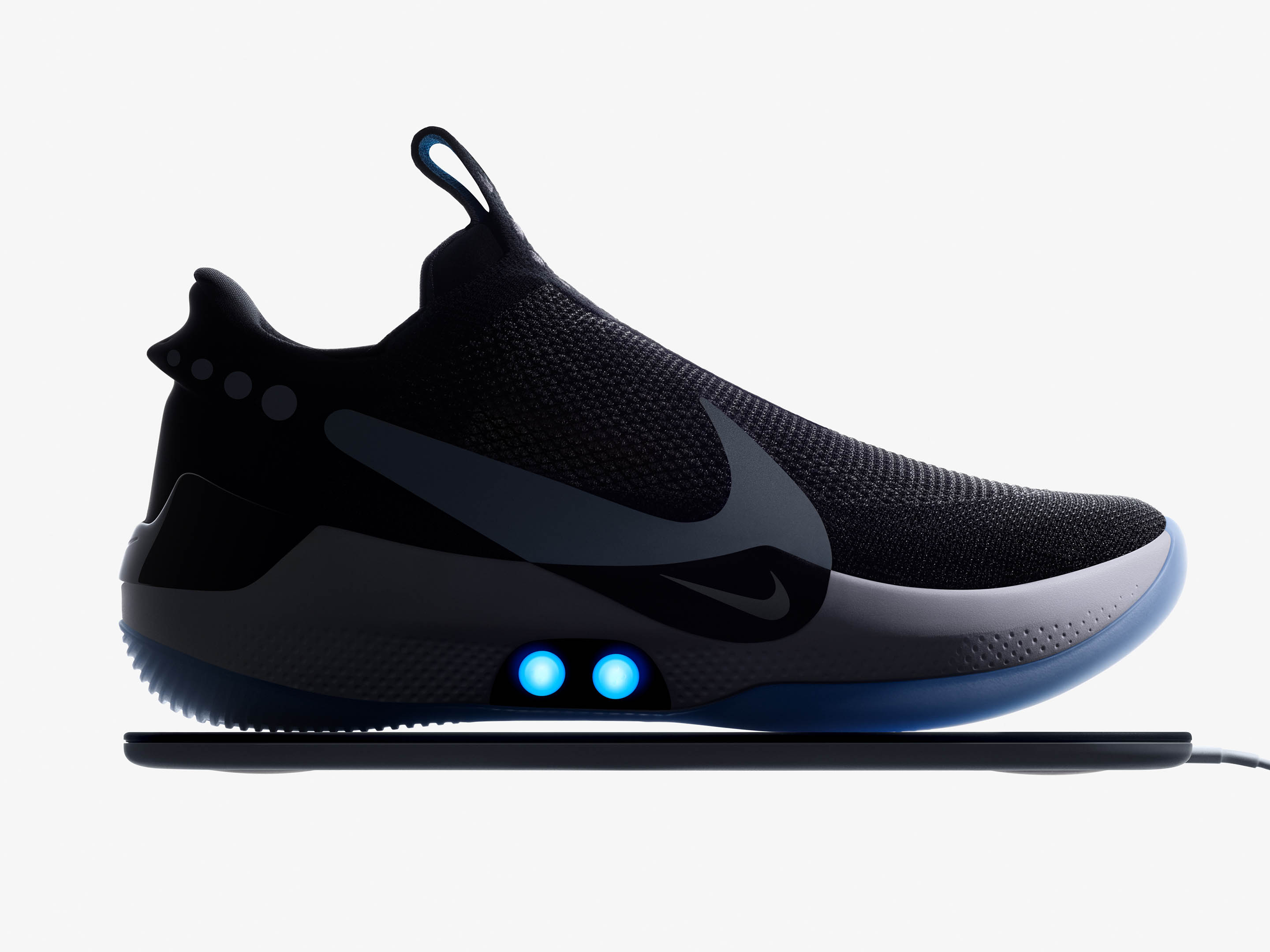 Nike Adapt BB on Qi charging mat