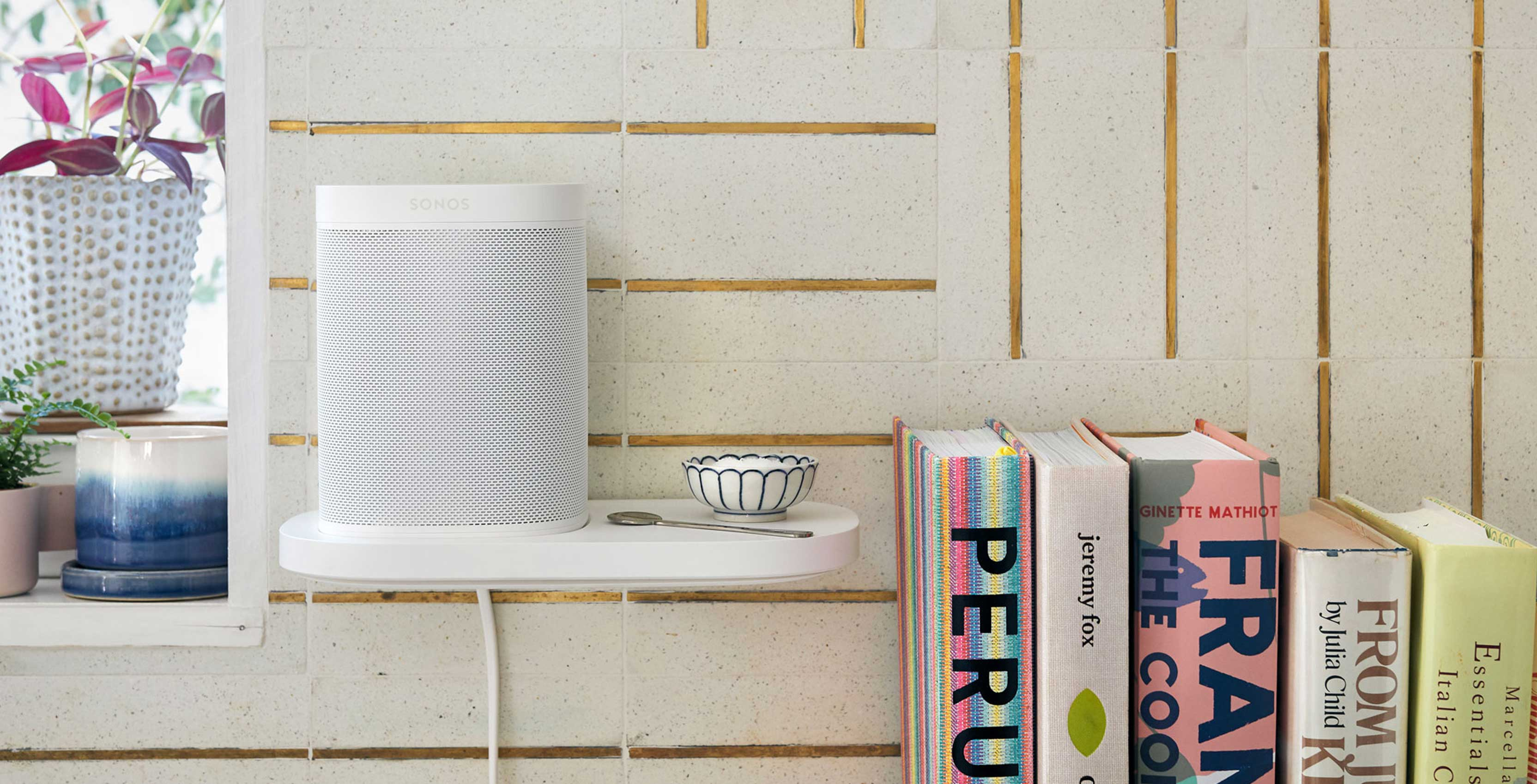 Sonos One and Play:1 shelf, stand and power cables now available in Canada