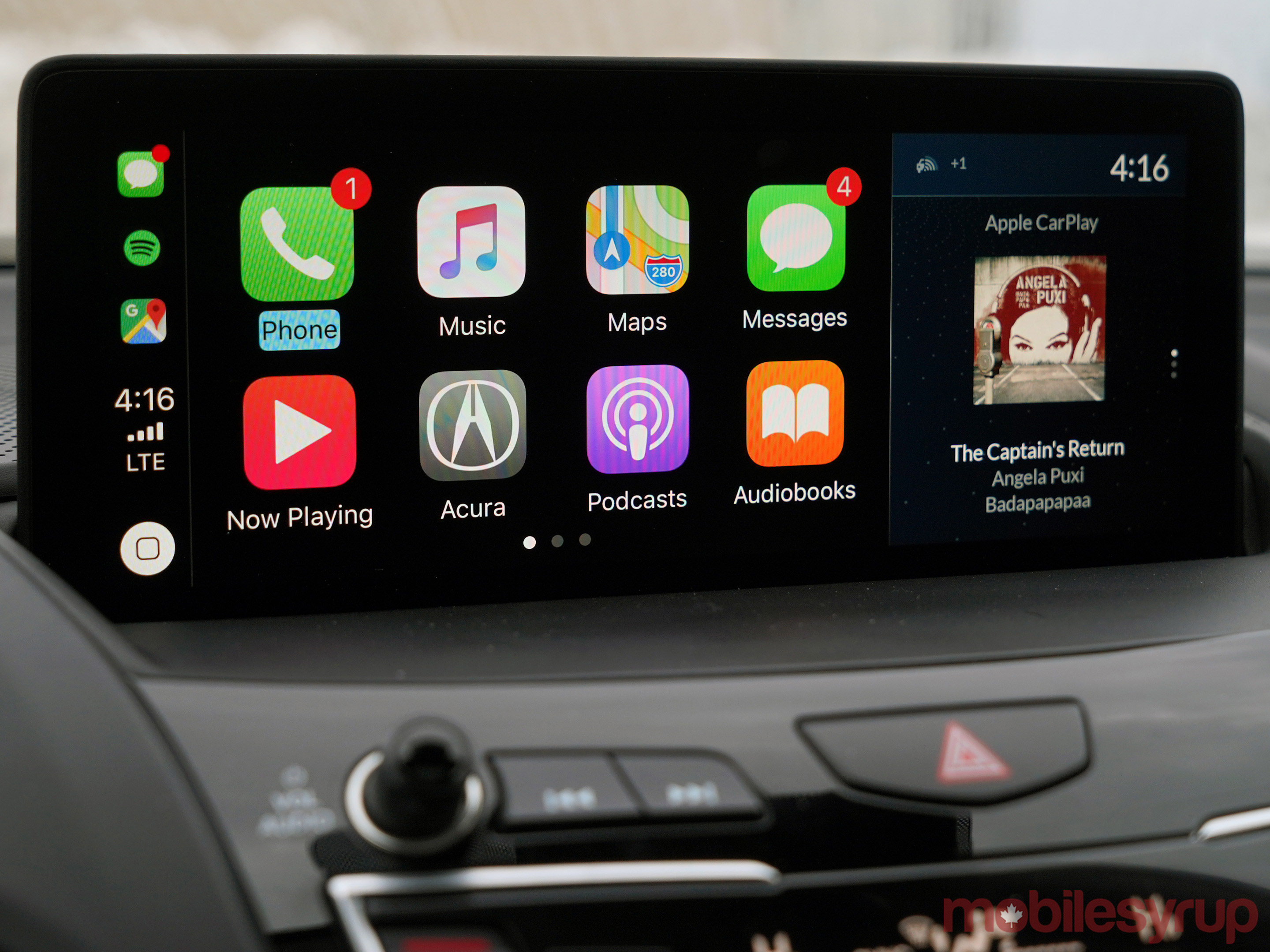 Acura True Touchpad CarPlay