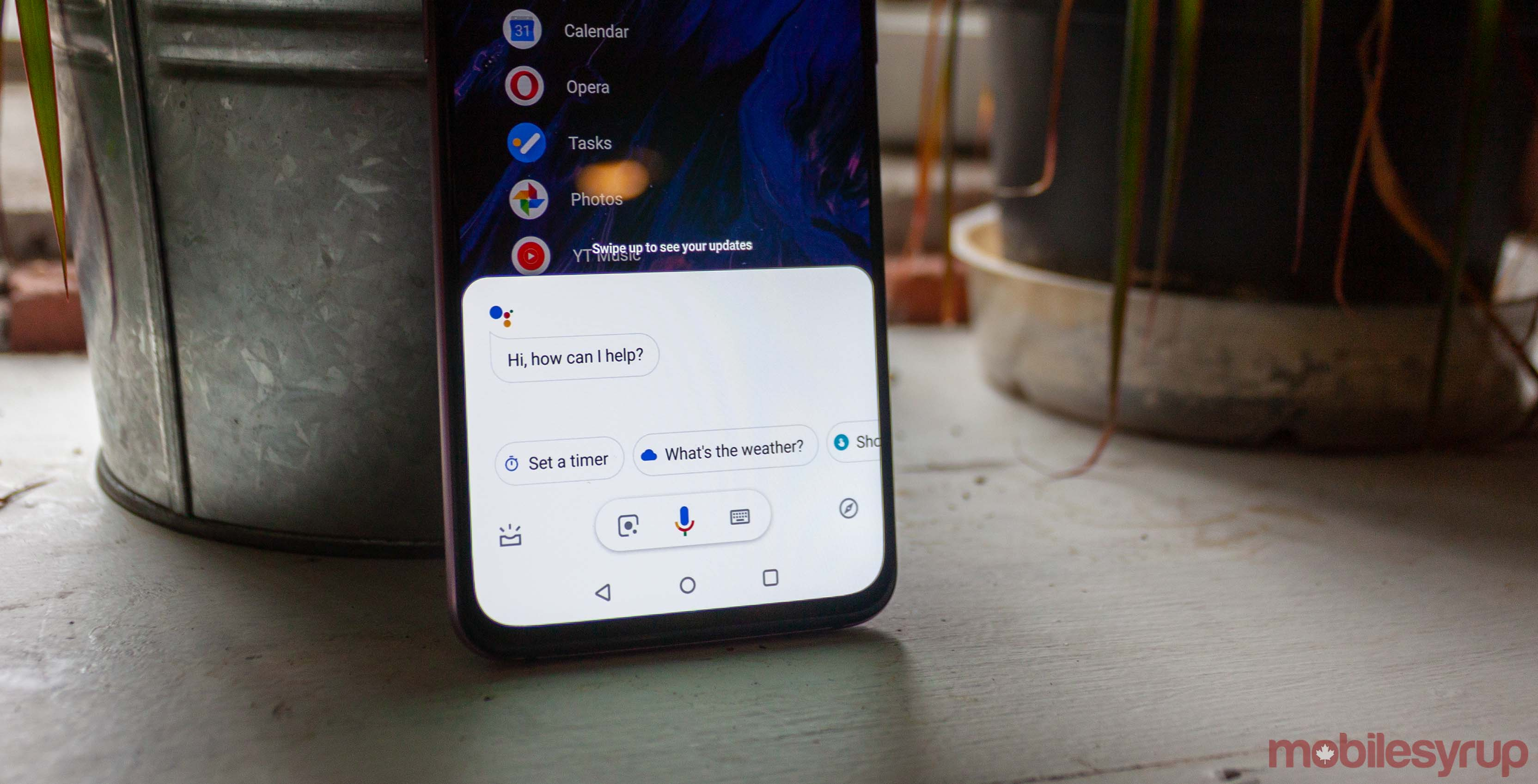 Google Assistant 'Ambient Mode' turns mobile devices into