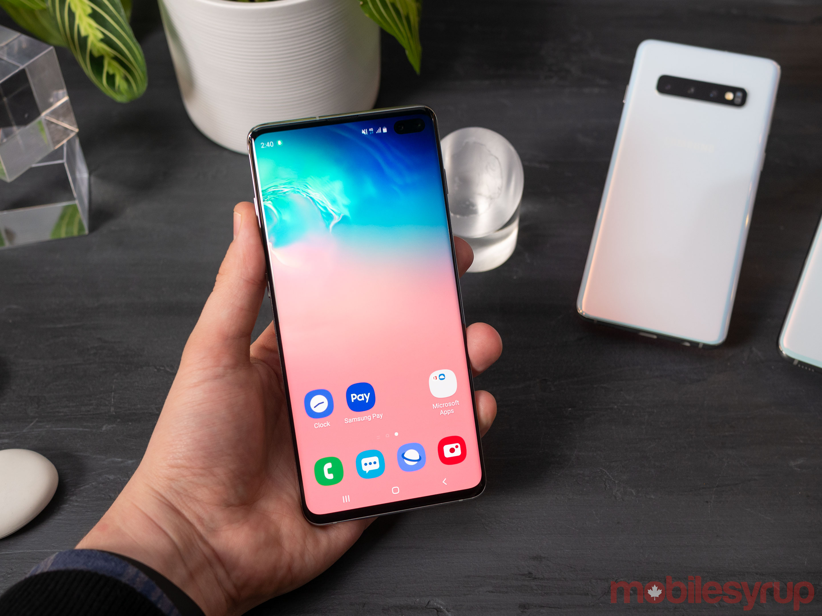 S10+ front