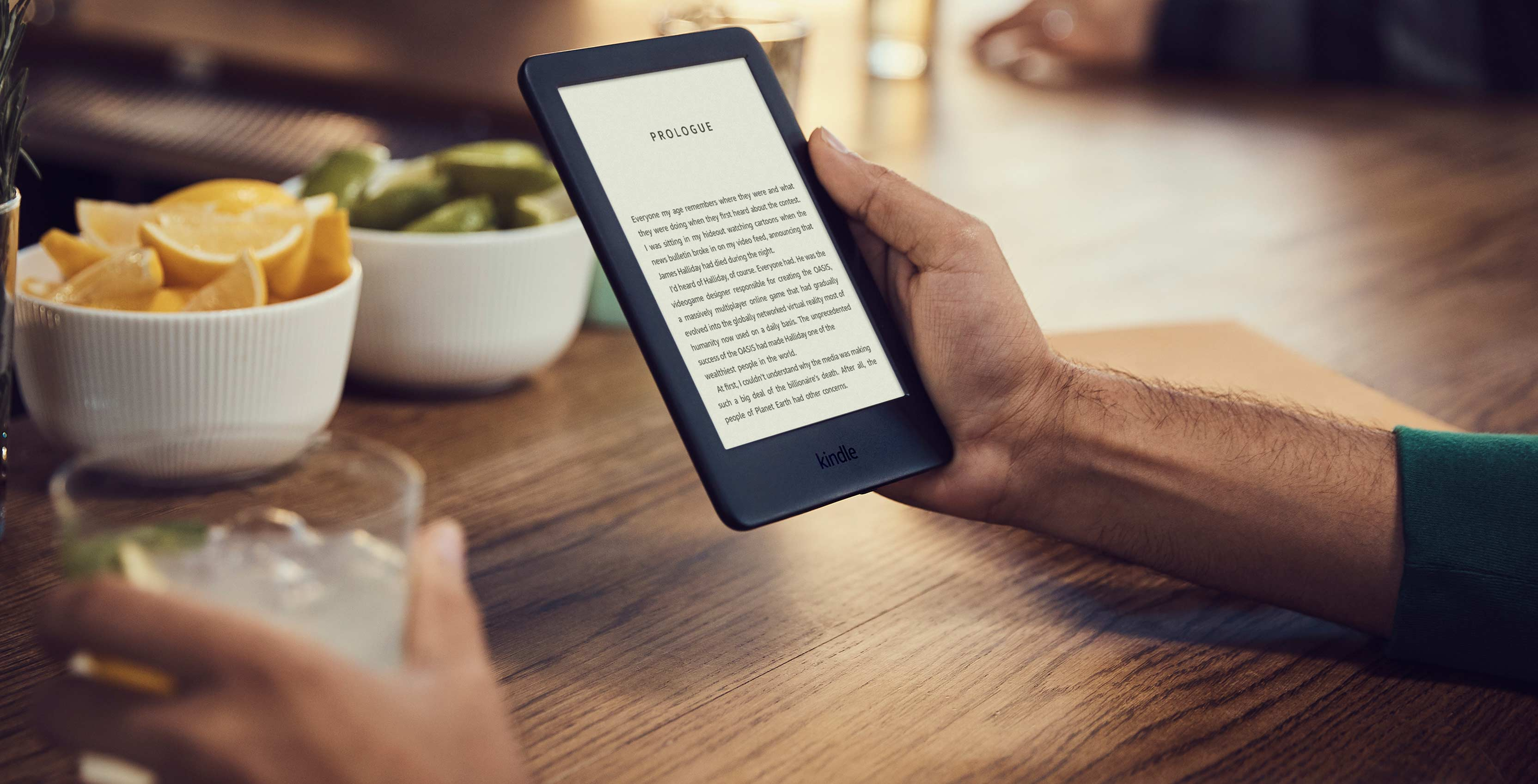 The new Amazon Kindle with adjustable front light
