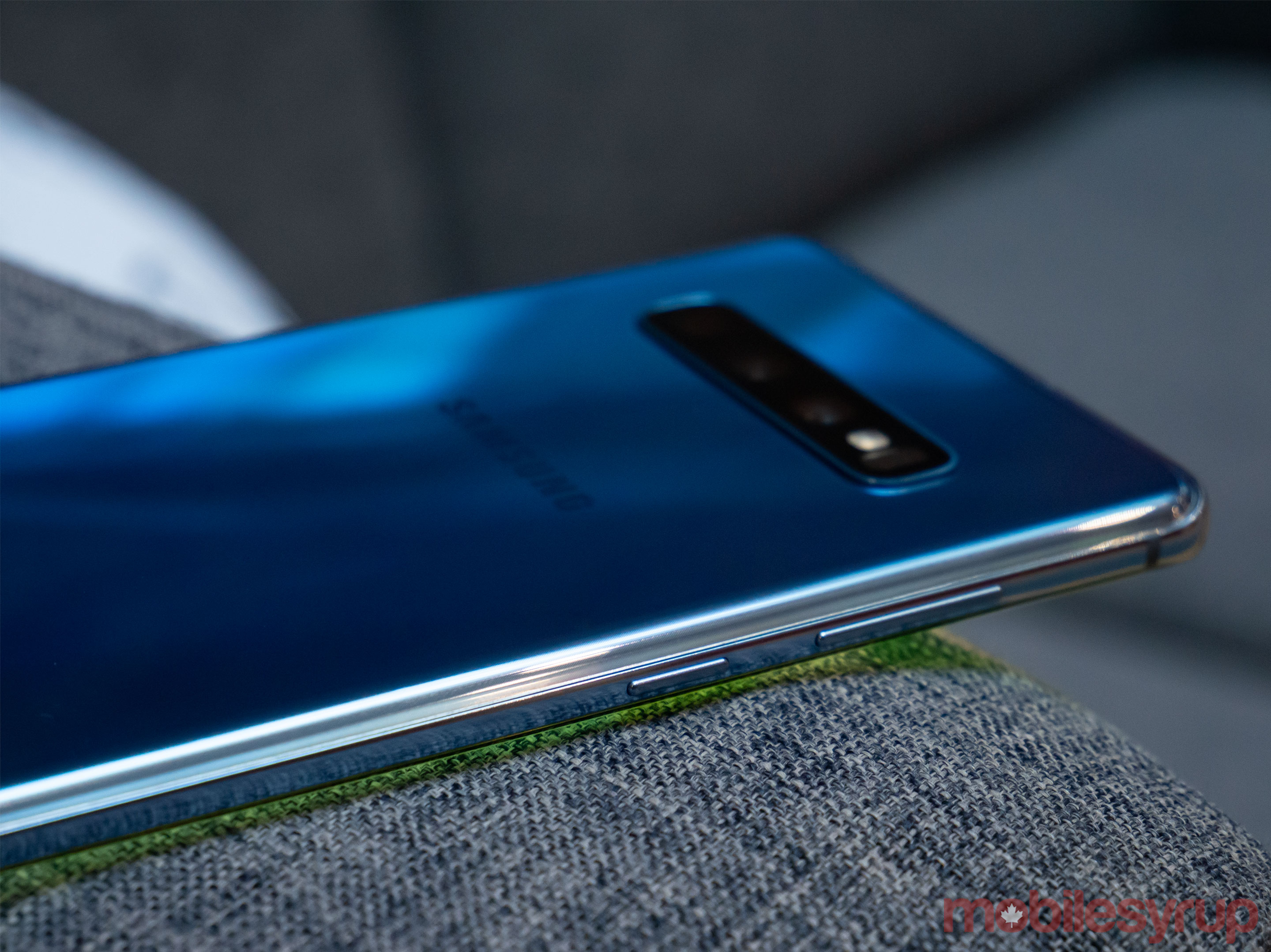 S10+ side view