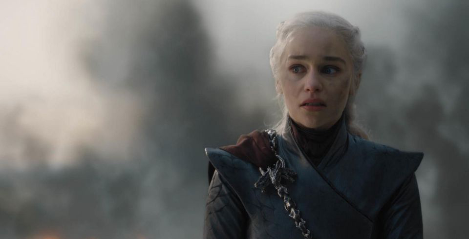 More than 850,000 sign petition to remake Game of Thrones season 8 [Update]
