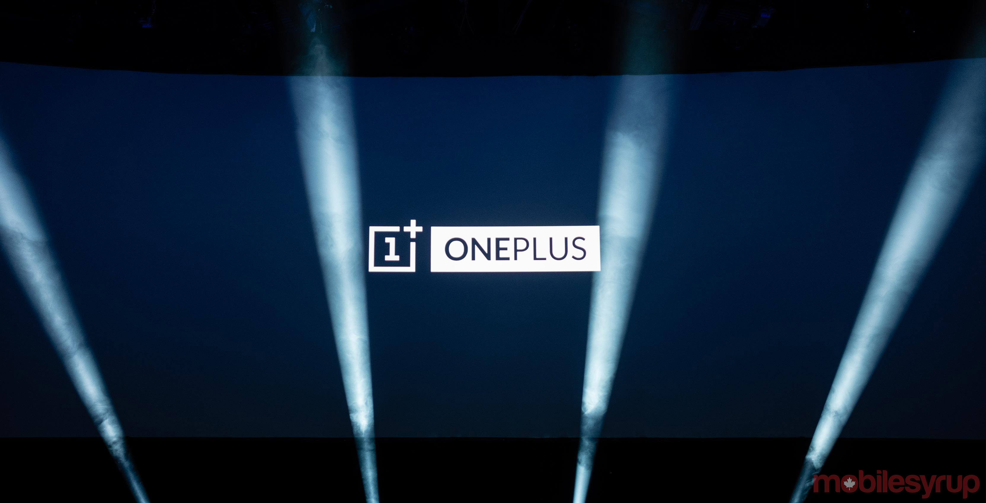 OnePlus 7 does not include USB-C headphone jack adapters