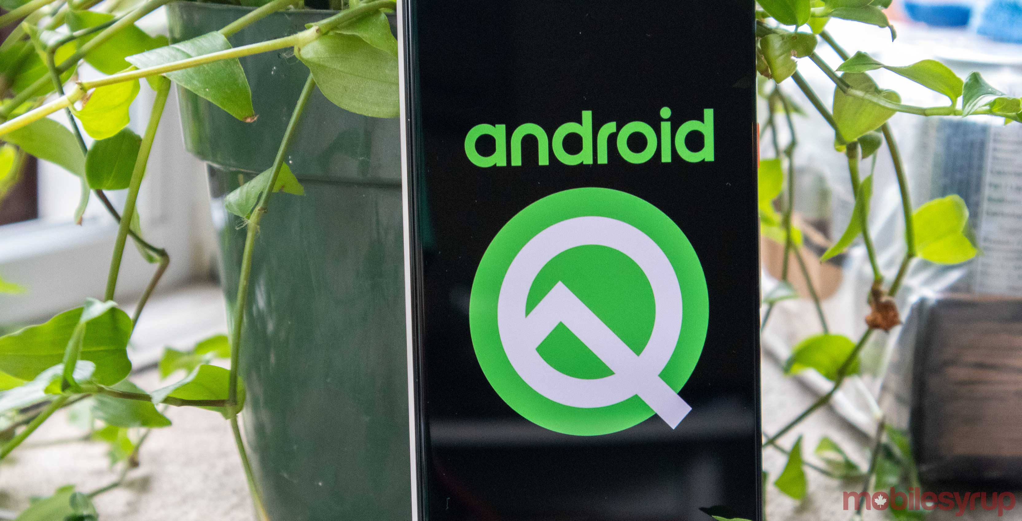 Leaked Android Q build features Google Translate in 'Recents' screen