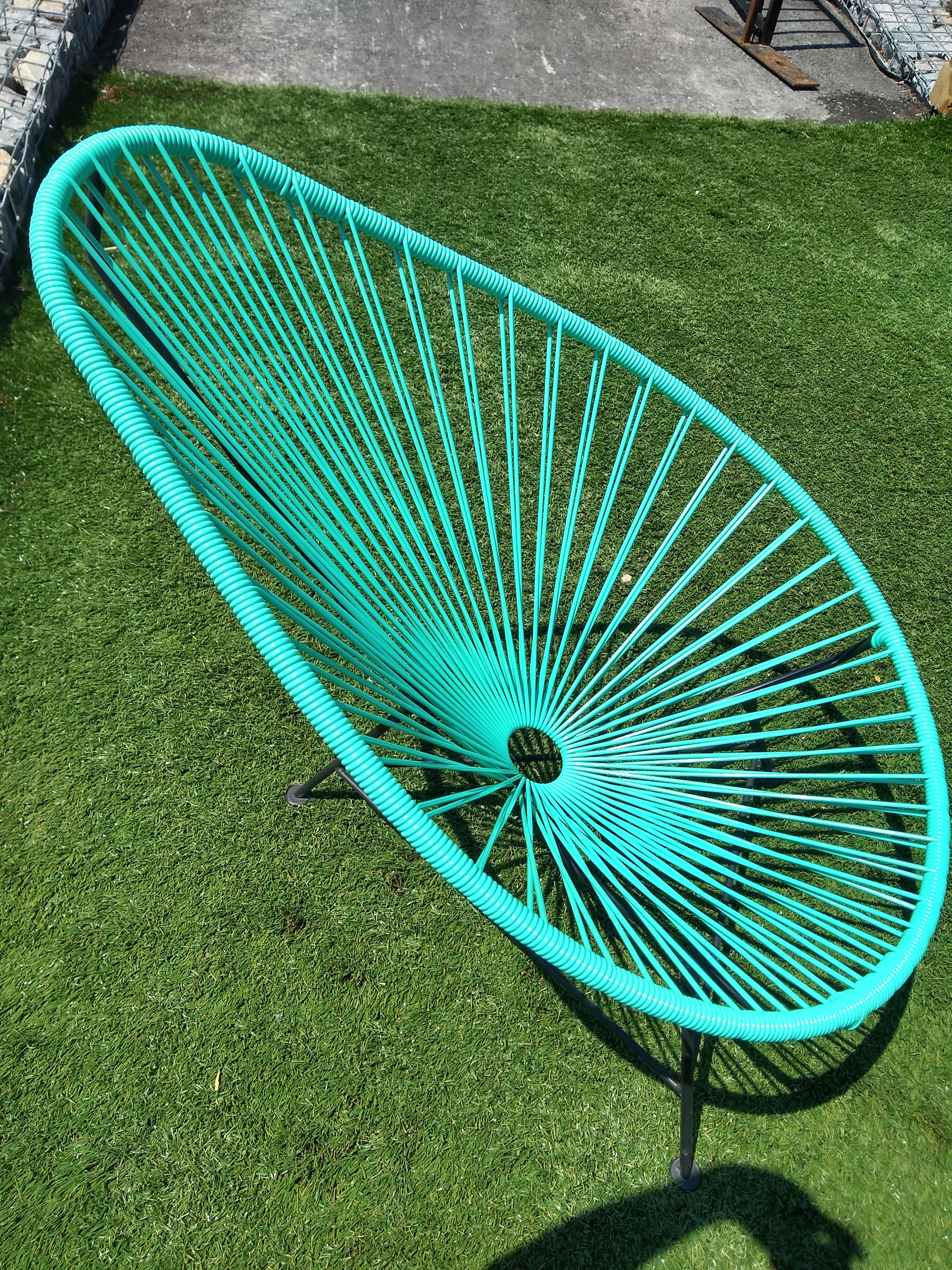 moto-g6-chair