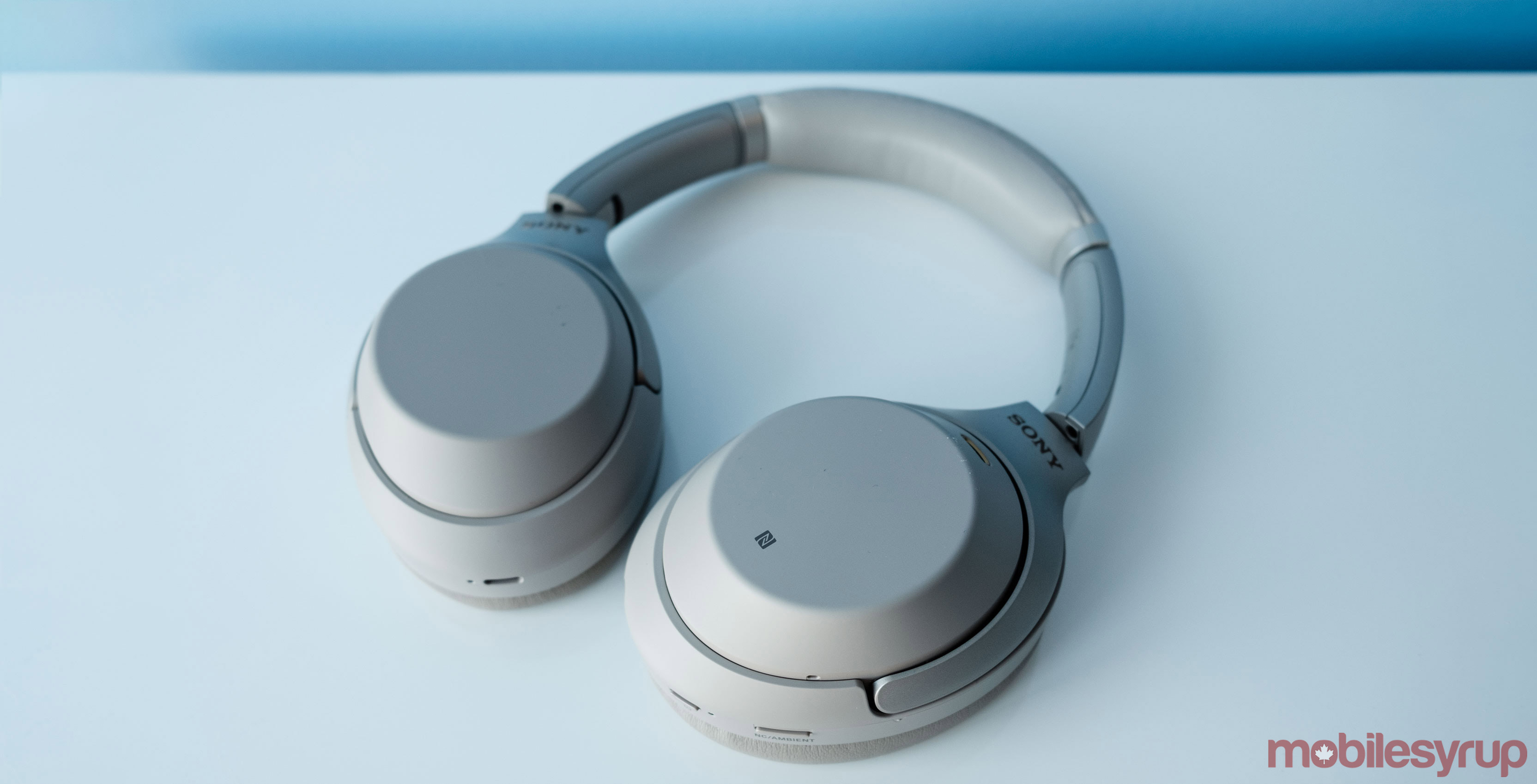 3de79eb1849 Two of the best pairs of noise-cancelling headphones, the Sony WH1000XM3s  and Bose QC35iis, are currently $50 off at Amazon, making them both $400  CAD.