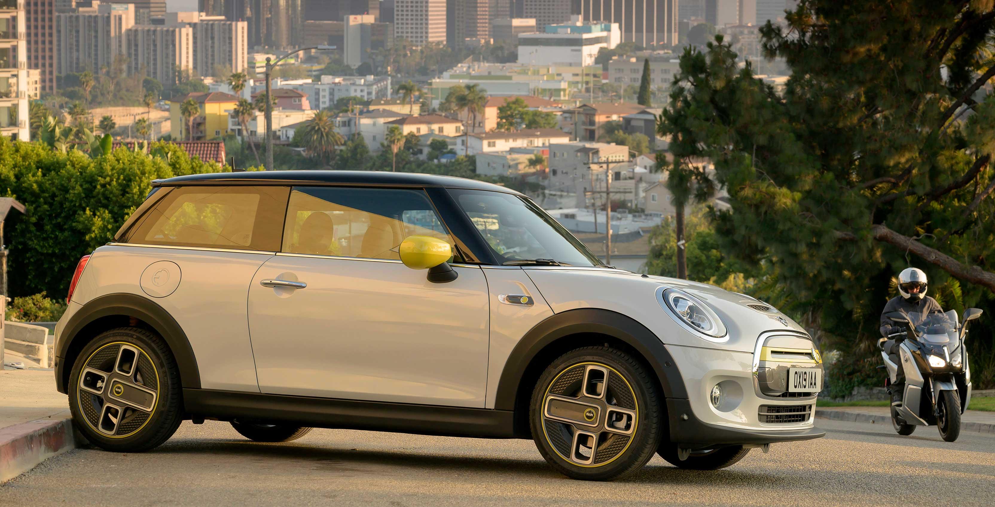 BMW Mini Cooper >> Bmw Group Unveils Fully Electric Mini Cooper Se