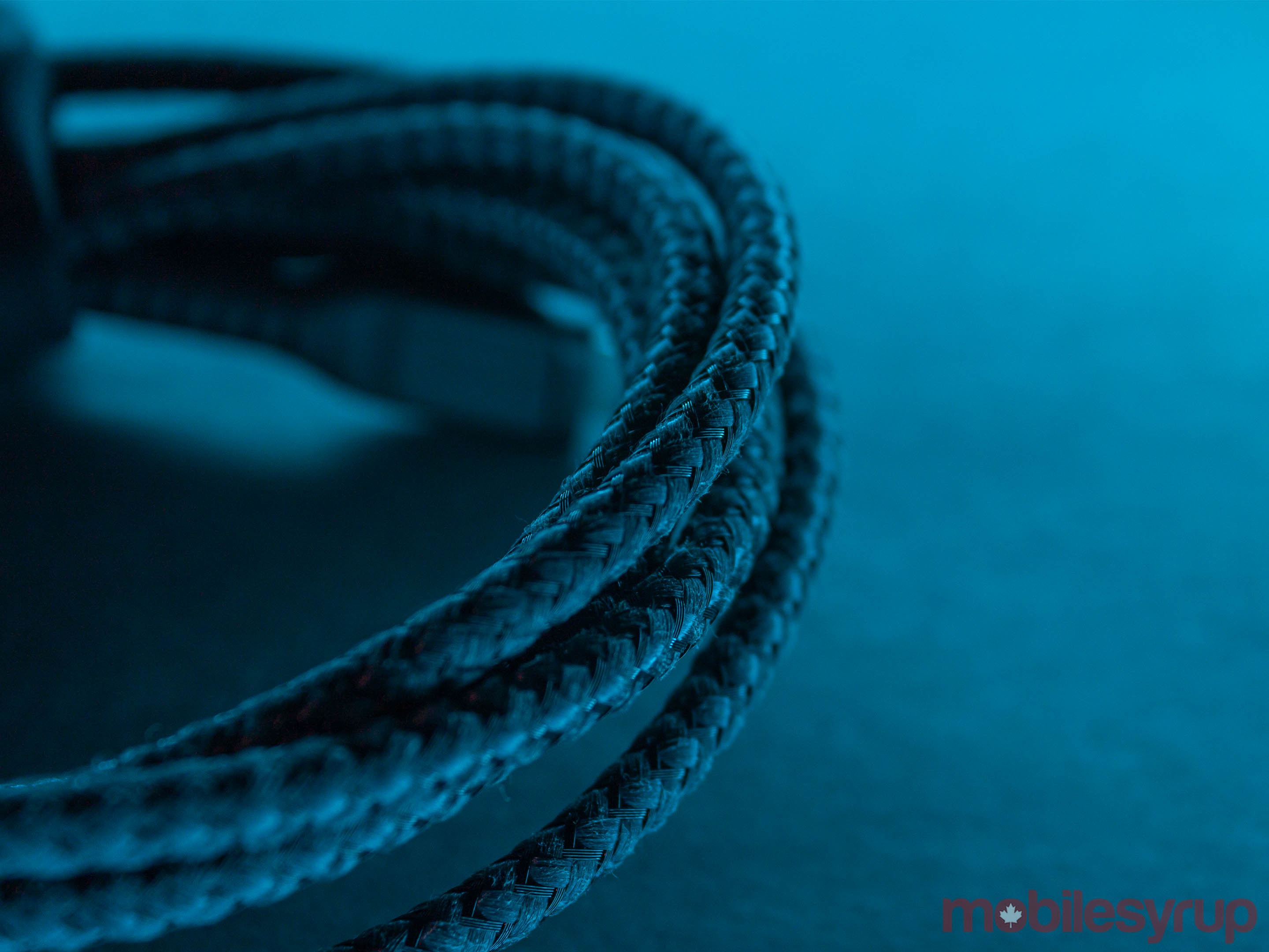 Nomad Kevlar cable braid