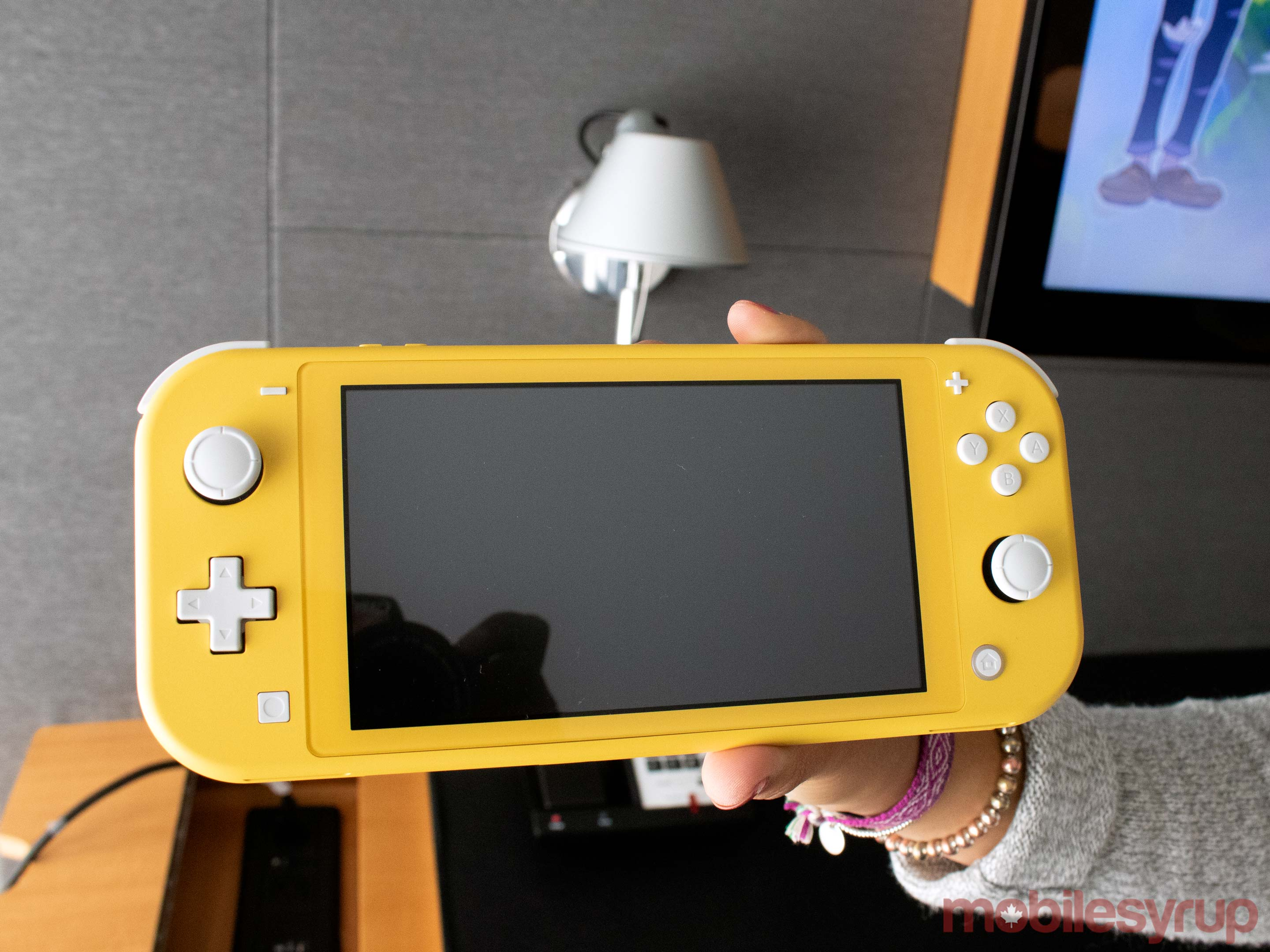 Nintendo Switch Lite Hands-on: the Switch that doesn't switch