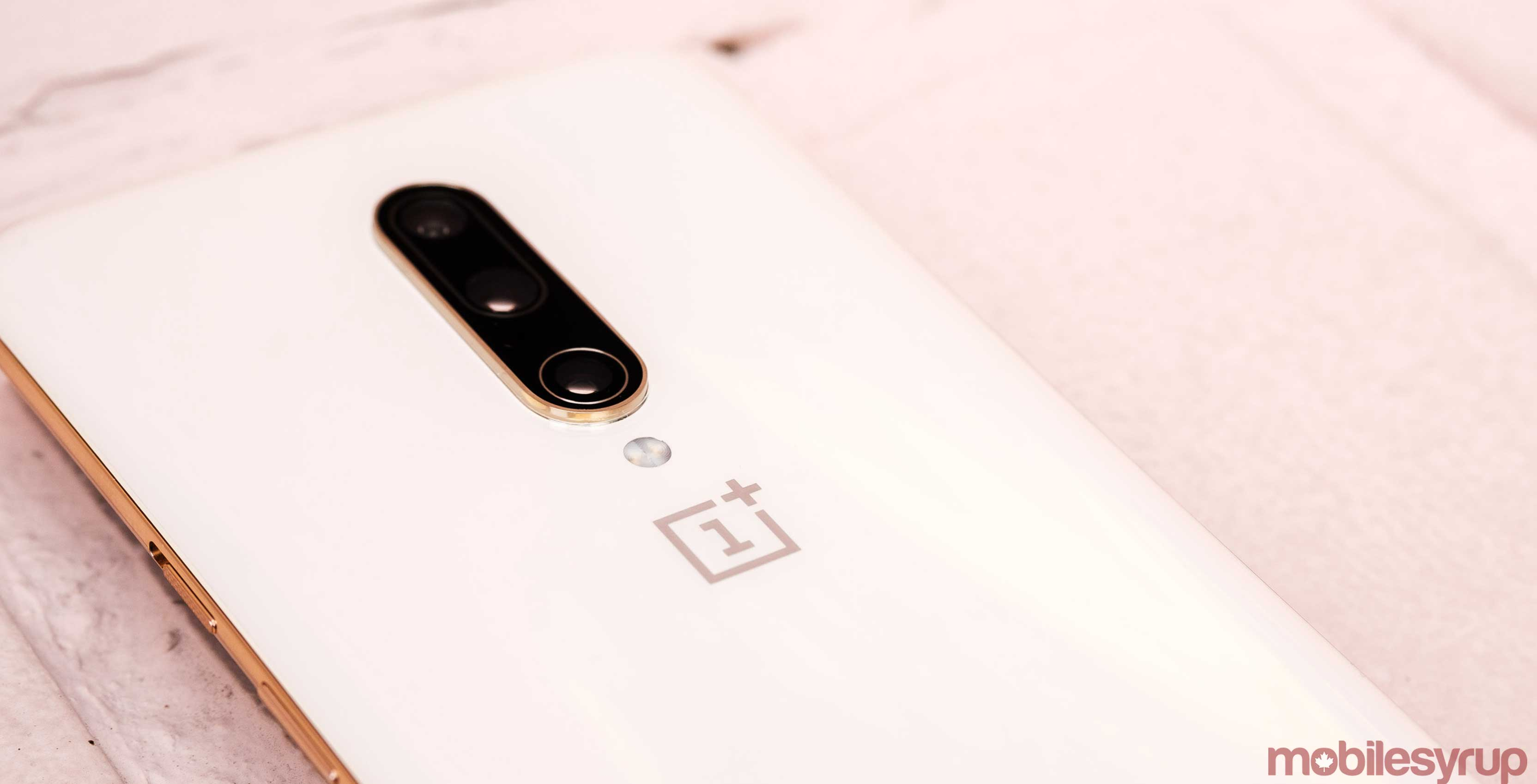 OnePlus adds Fnatic Mode and DC dimming to the OnePlus 6 and 6T