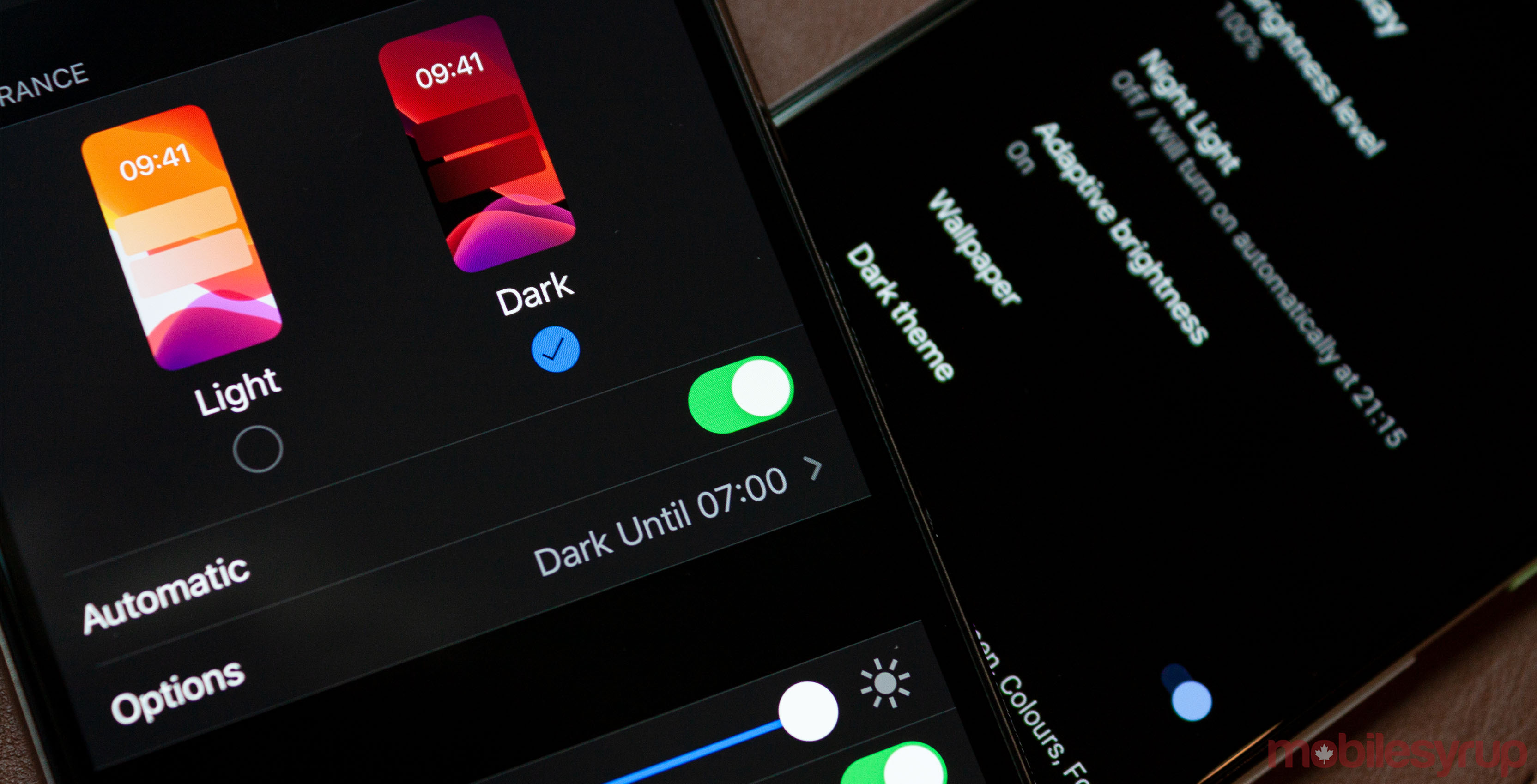 Dark mode on iOS and Android
