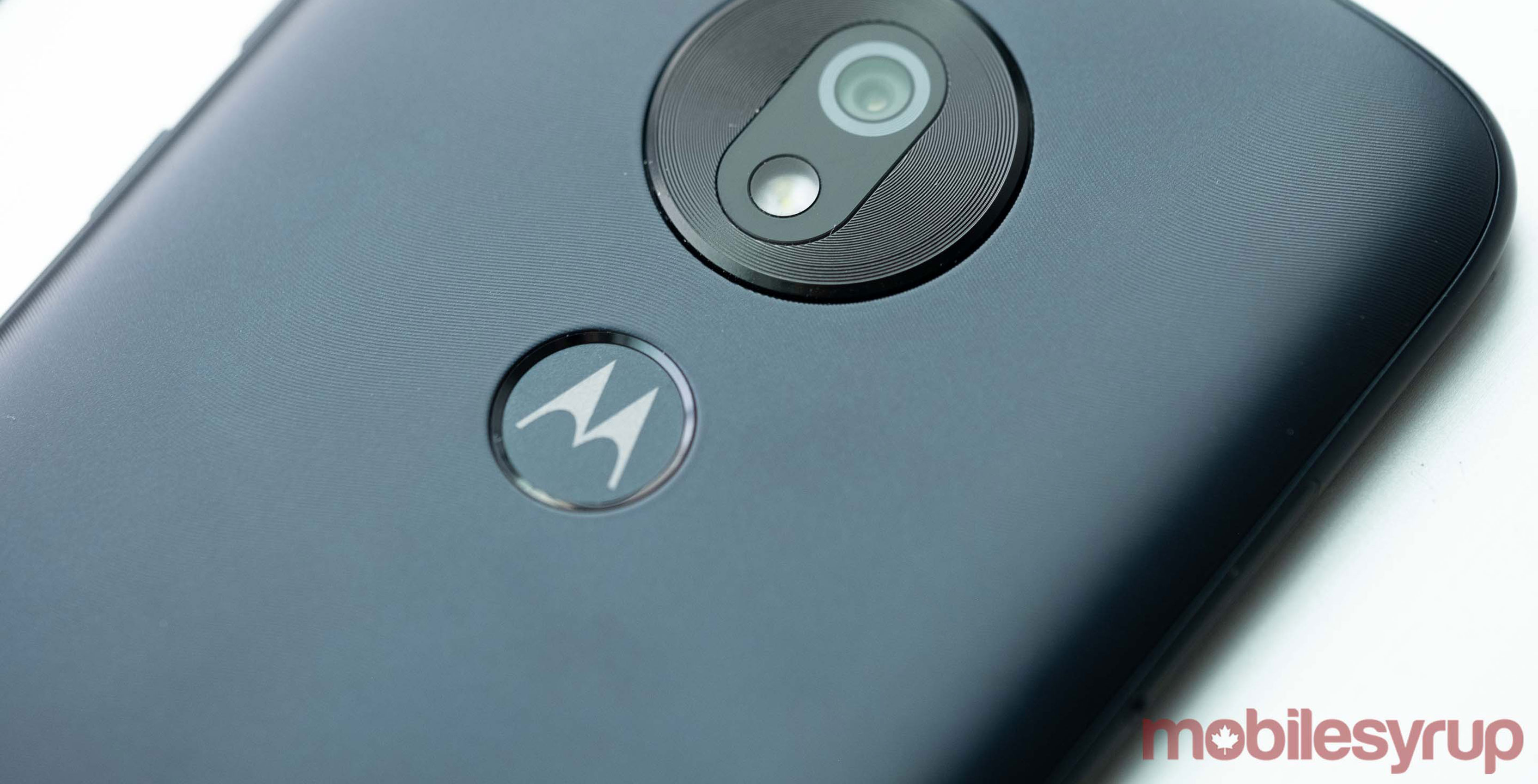 Leaked photo suggests Motorola may be developing a phone with a stylus