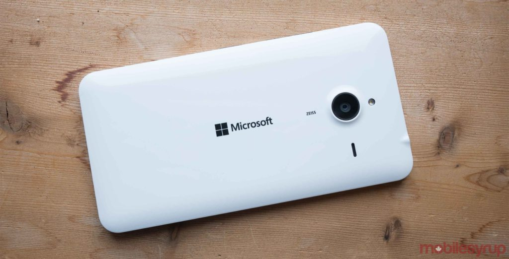 Bill Gates says Windows Mobile would have been more popular than Android without antitrust issues