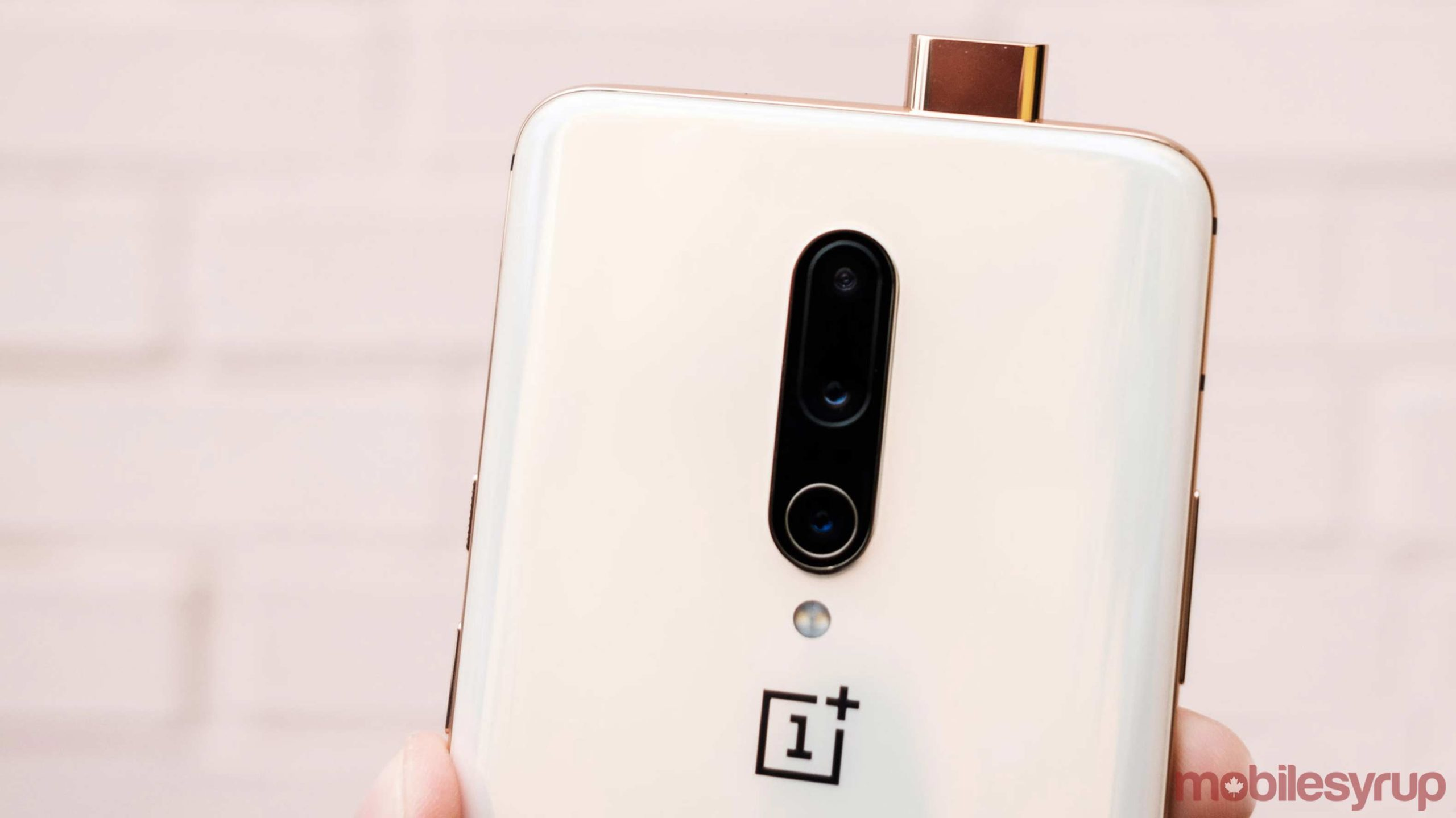 OnePlus CEO shares motion smoothing and 120Hz examples on Twitter