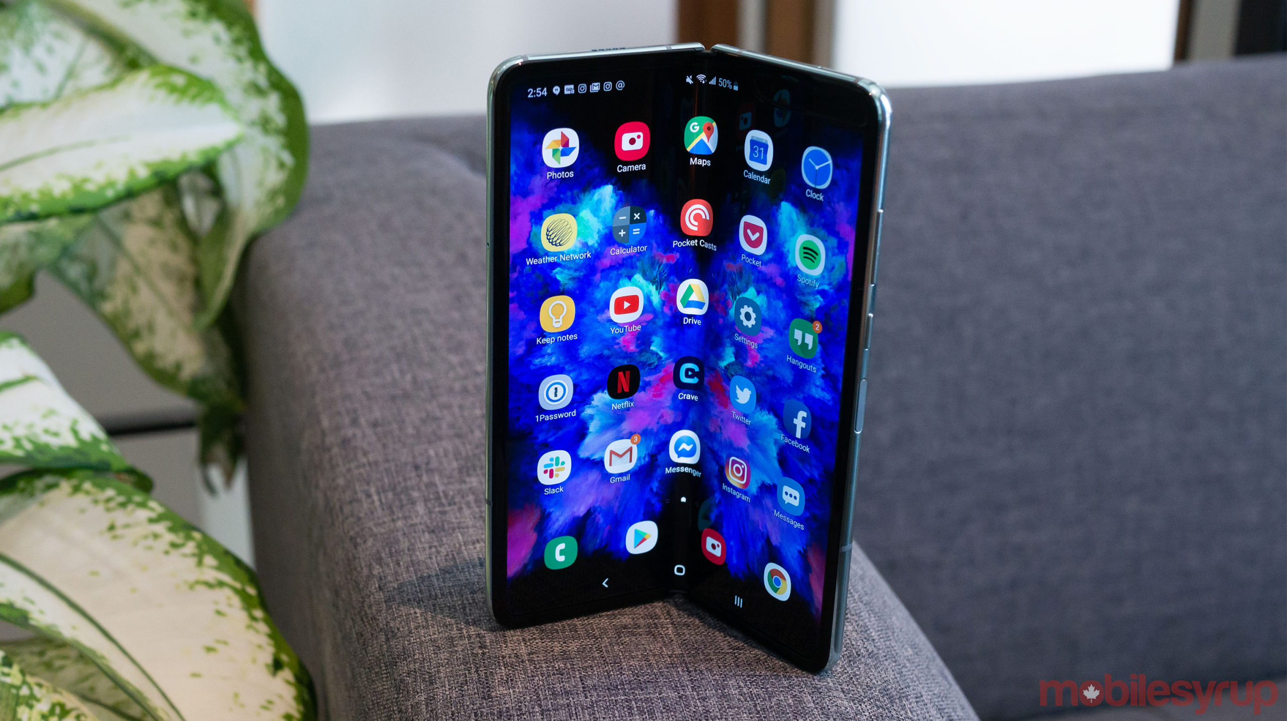 galaxy fold header resize scaled
