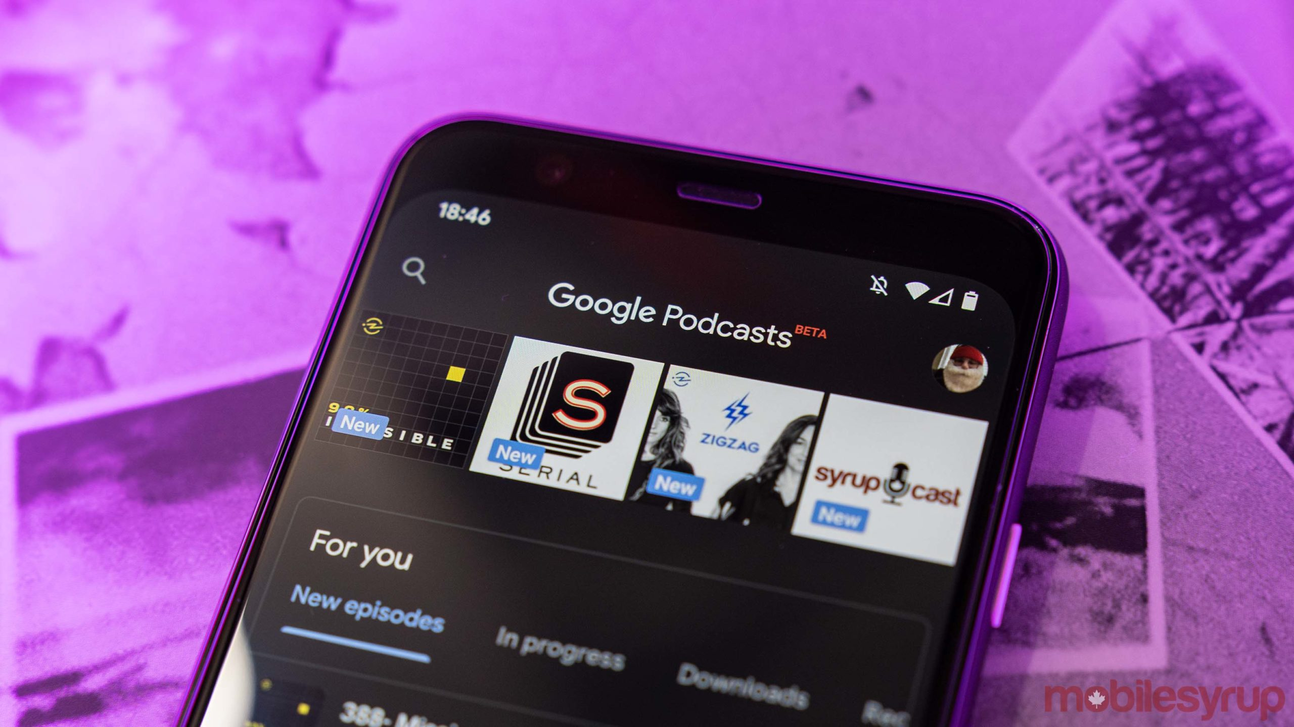 Google Podcasts dark mode