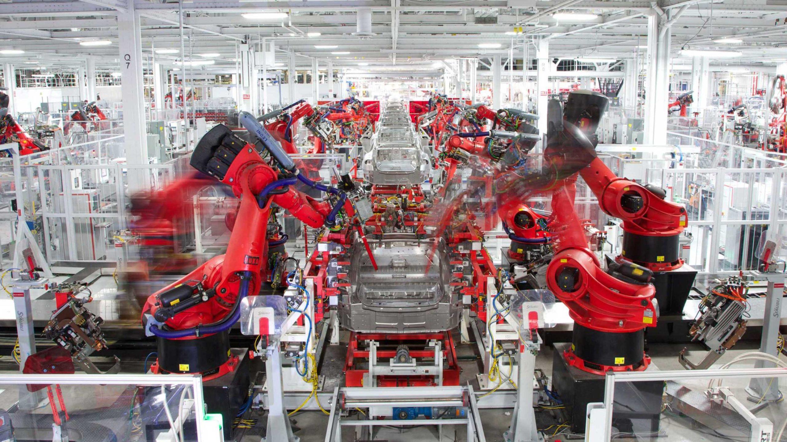 Tesla factory remains open amid coronavirus closures