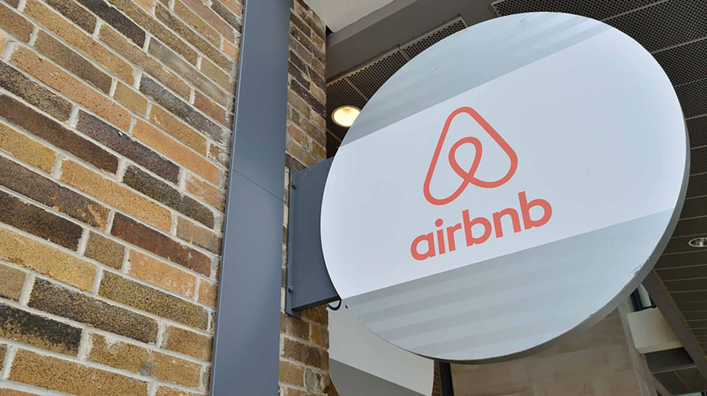 Airbnbs and other short-term rentals can open again in Ontario